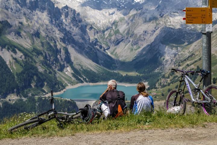 Günstige Ferien in der Schweiz – so geht's