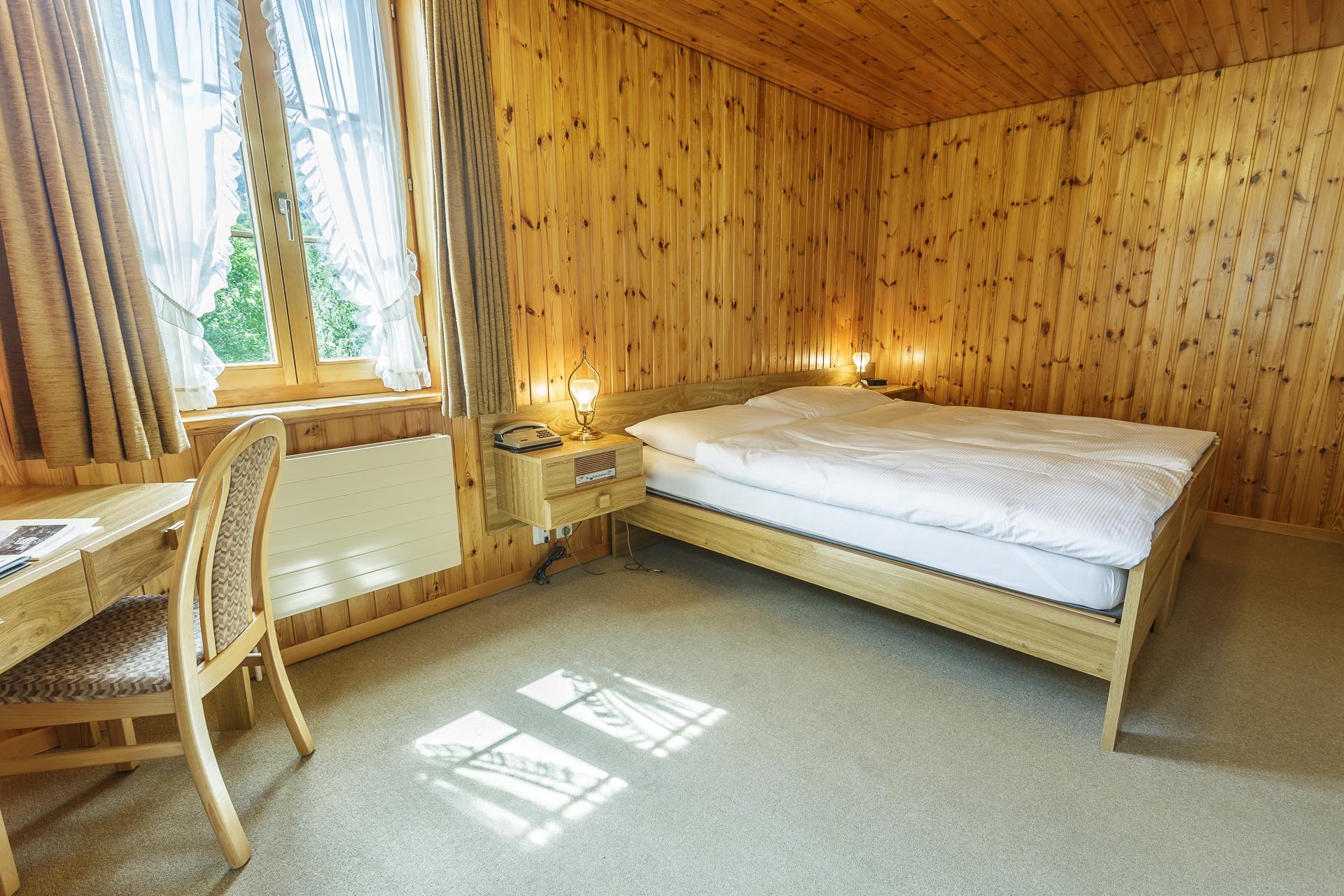 Hotel-Nest-Bietschhorn-Loetschental-Zimmer-2