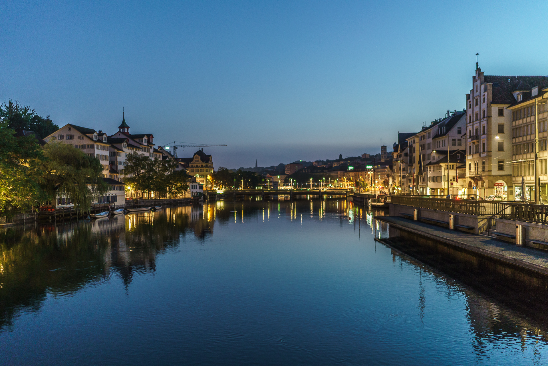 Zuerich-Blue-Hour-Sony-Alpha-7r-ii