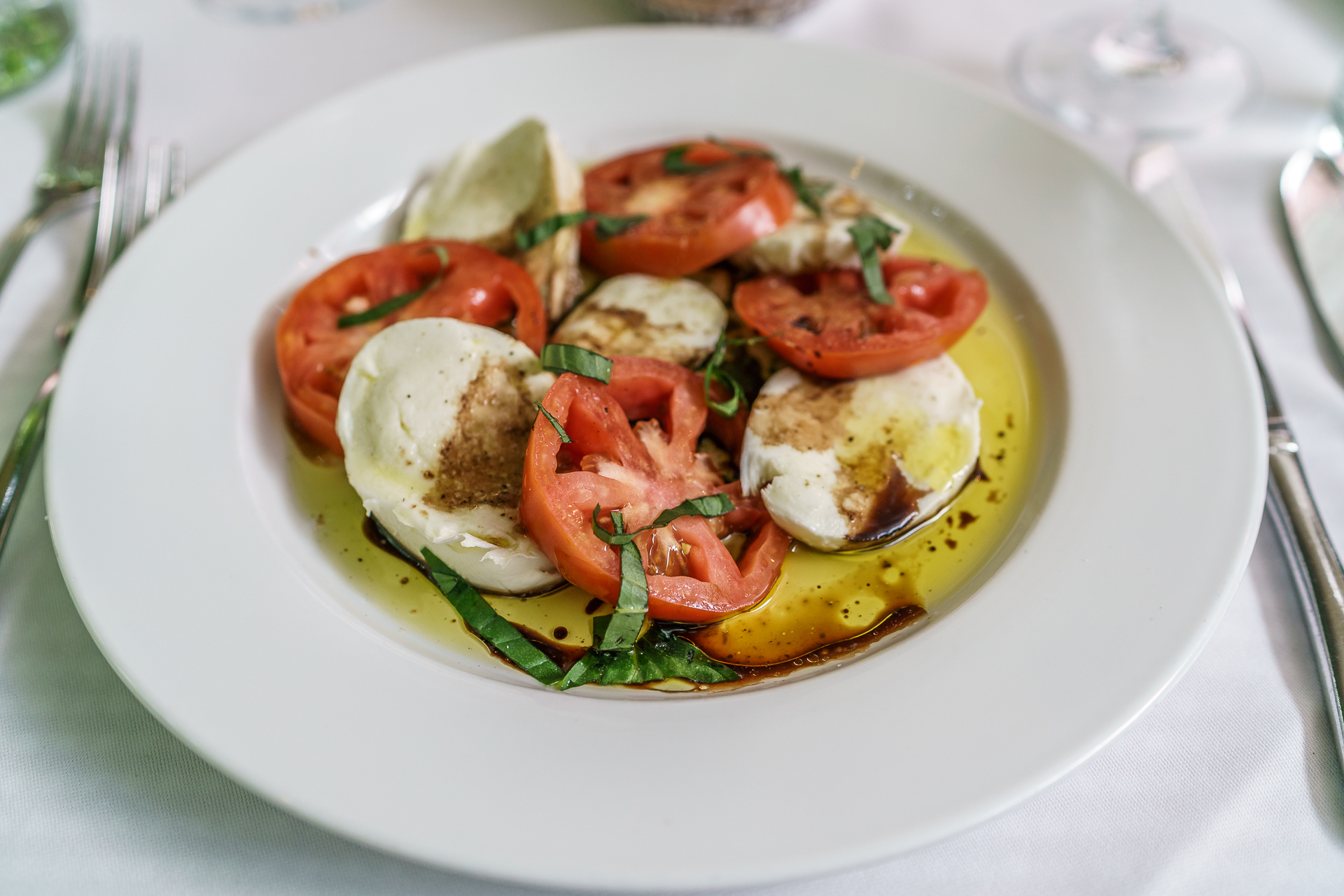 sony-alpha-7r-ii-tomaten-mozarella