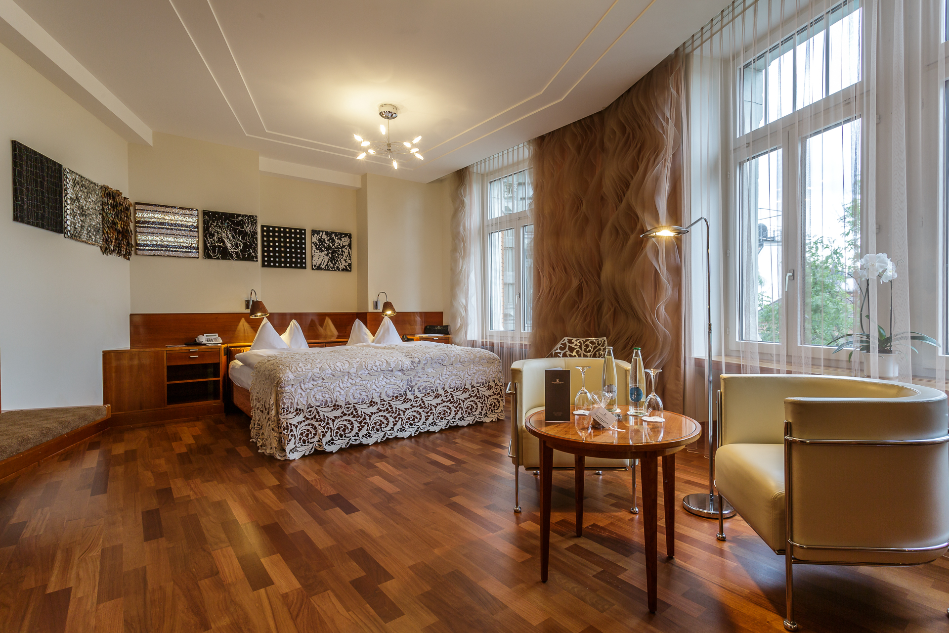 Textilland-Junior-Suite-Hotel-Einstein