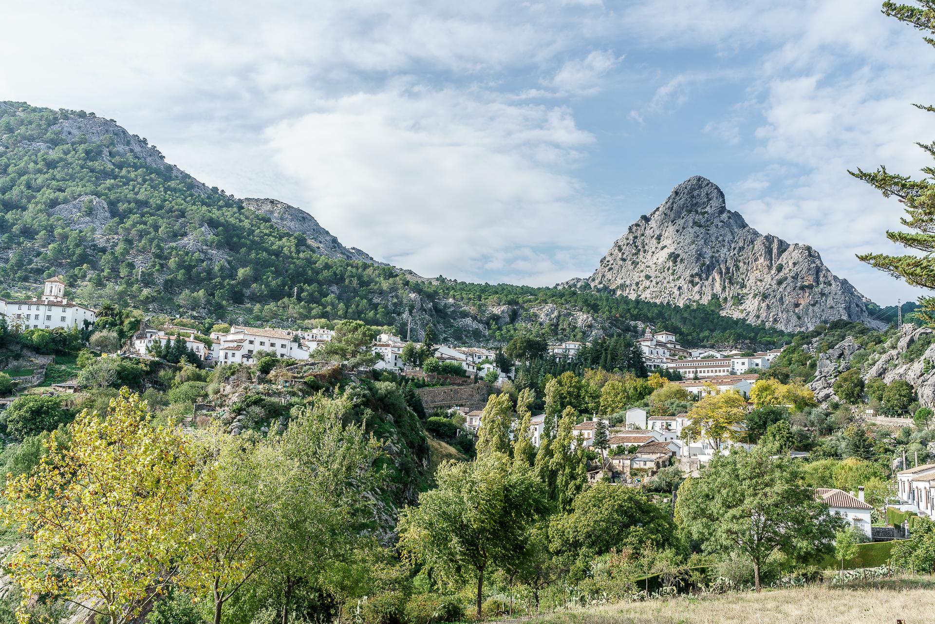 Grazalema-Weisse-Doerfer-Andalusien
