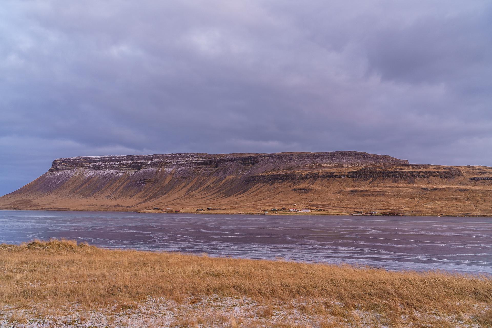 Grundarfjoerdur-iceland-winter