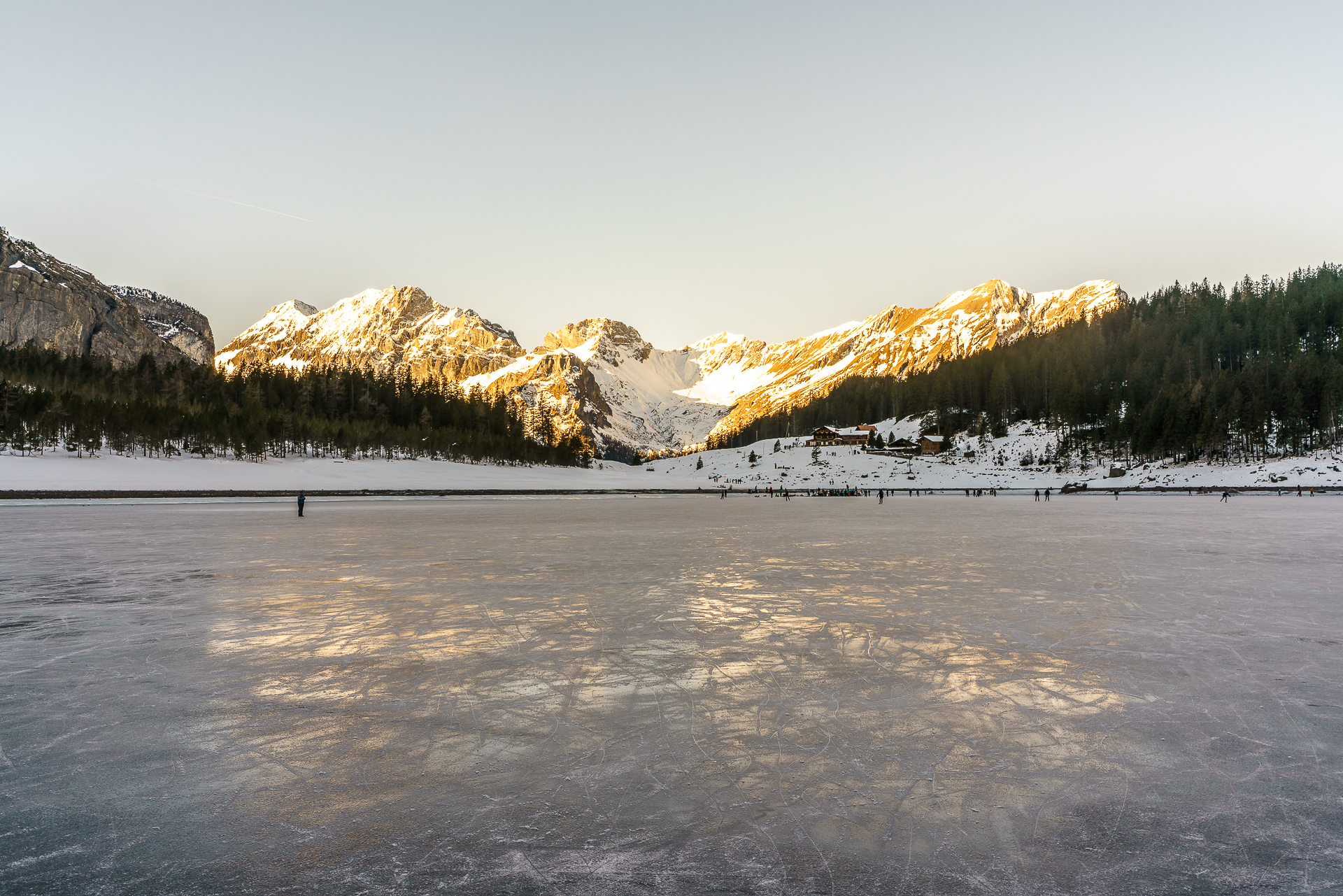 Oeschinensee-Winter-See-Gefroren
