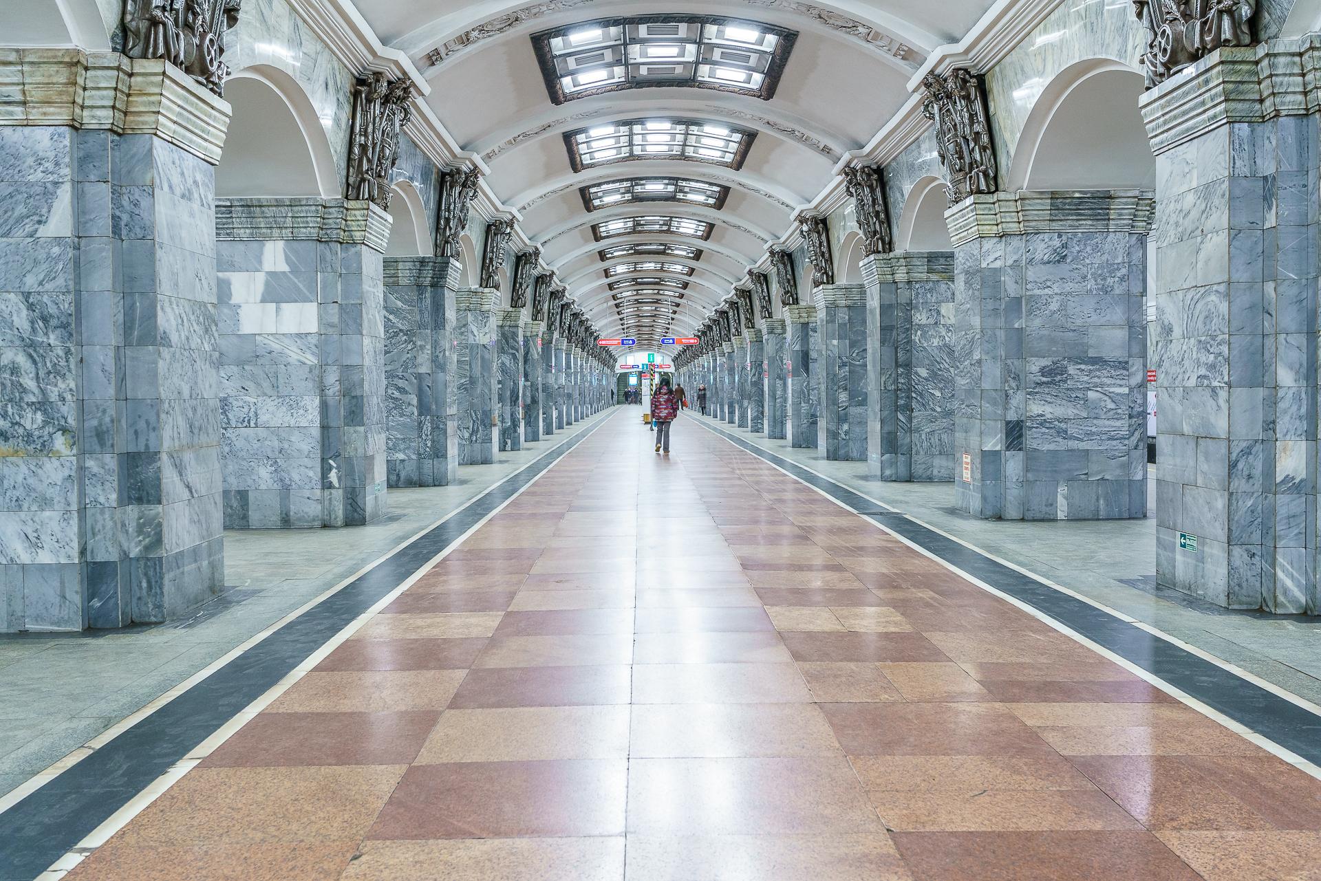 Schoenste-Metrostation-Sankt-Petersburg