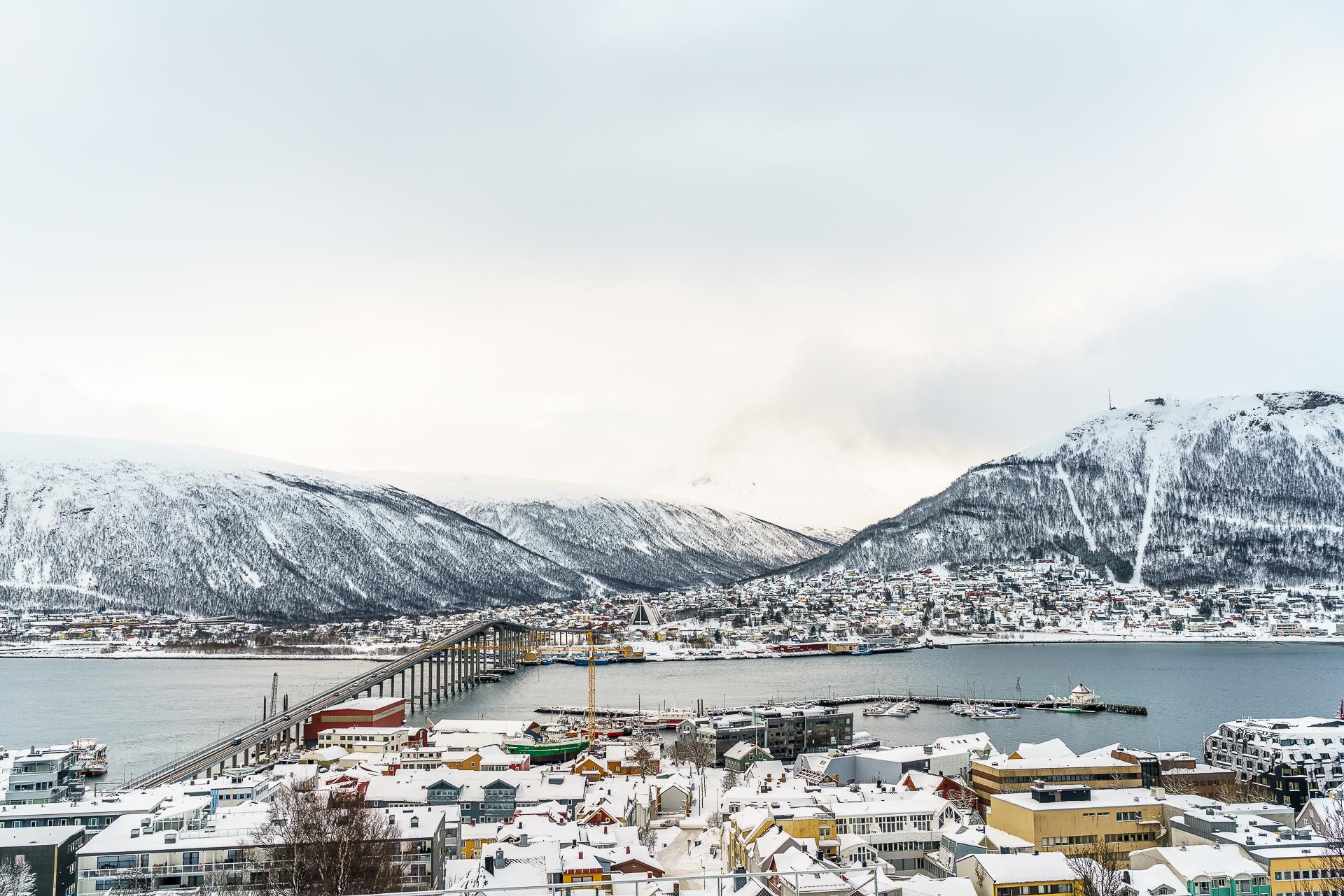 Eismeerkathedrale-Tromso-Aussicht