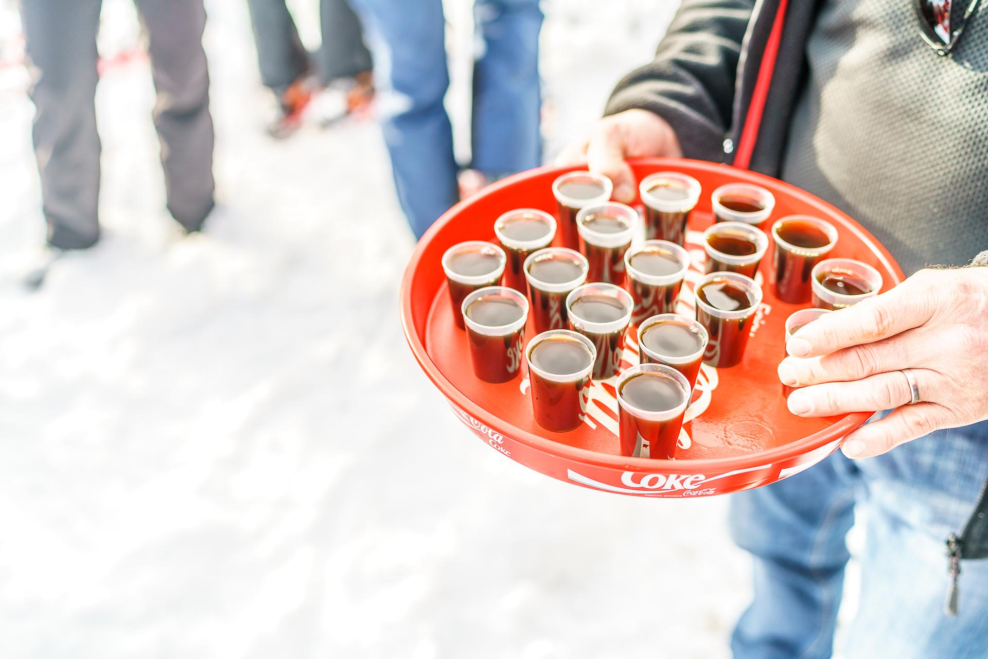 Schnaps-Kulinarisches-Schneeschuhlaufen