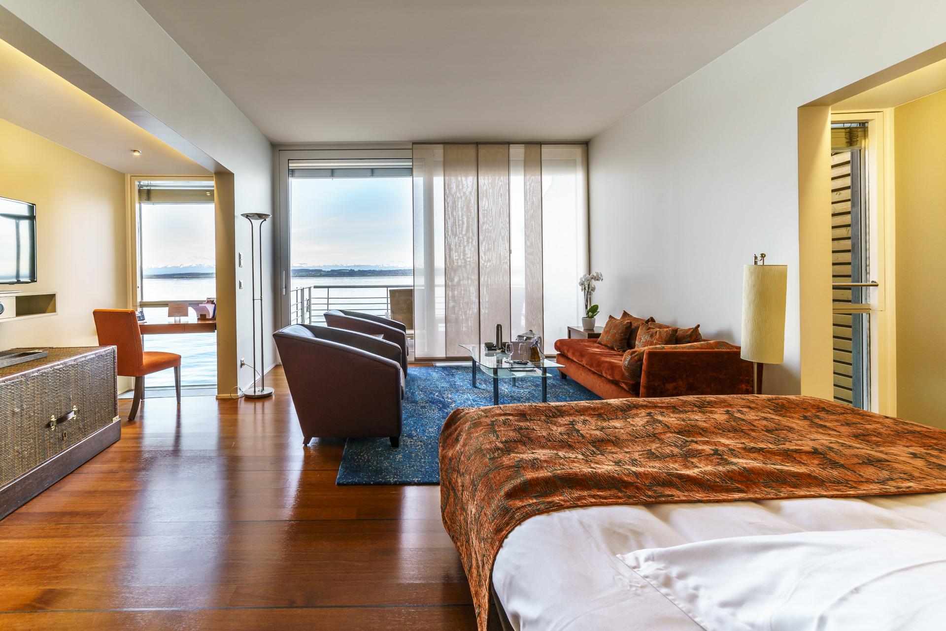 Hotel-Palafitte-lakeside-Bungalow-Zimmer-Aussicht