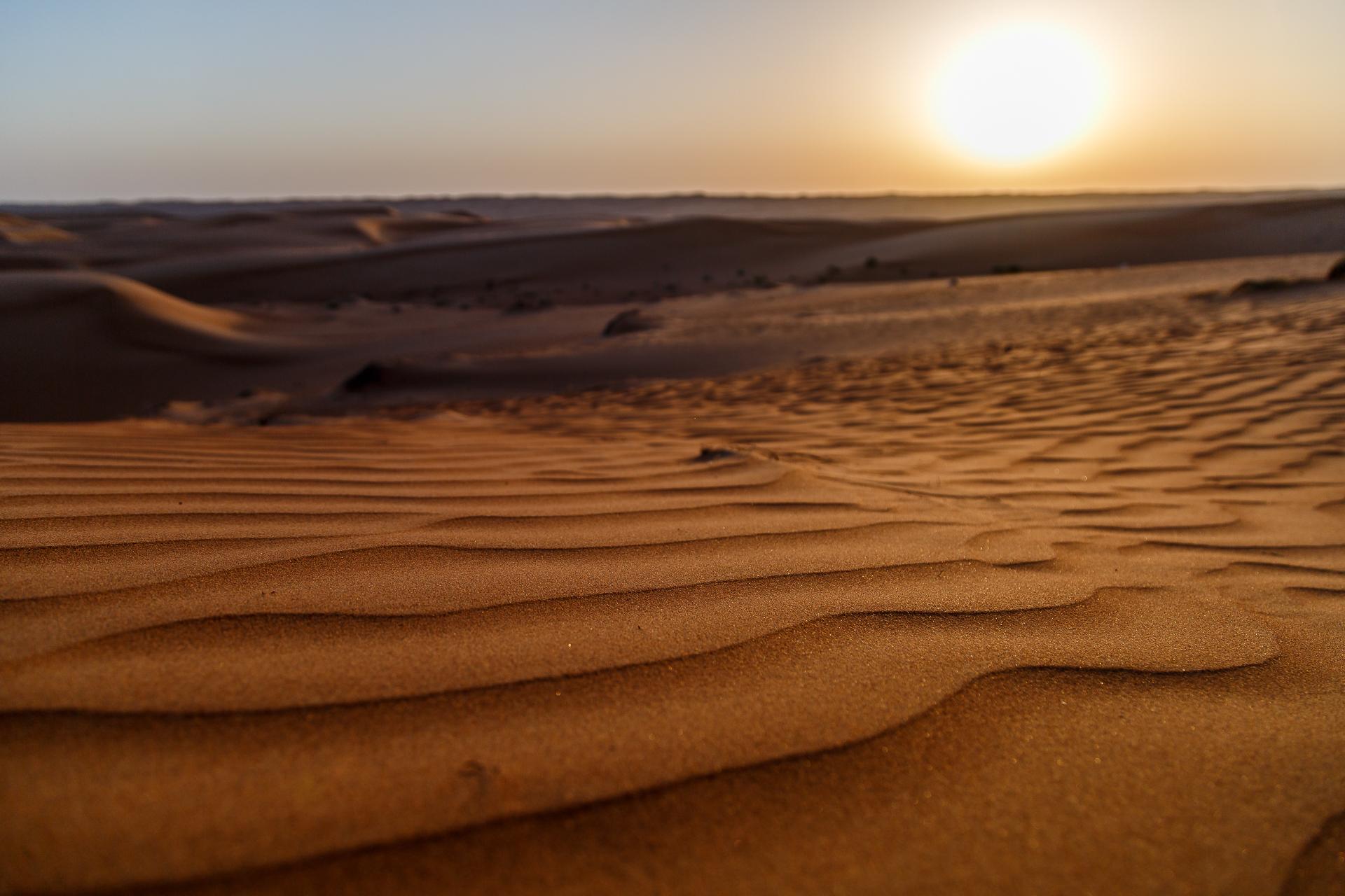 Oman-Wueste-Sonnenuntergang