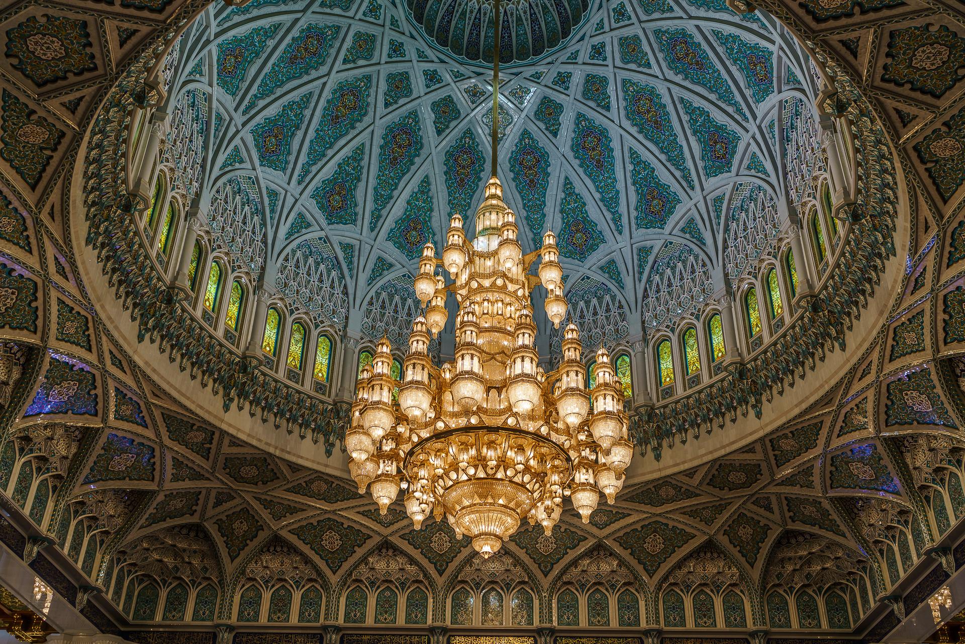 Grosse-Sultan-Qabus-Moschee-Kronleuchter