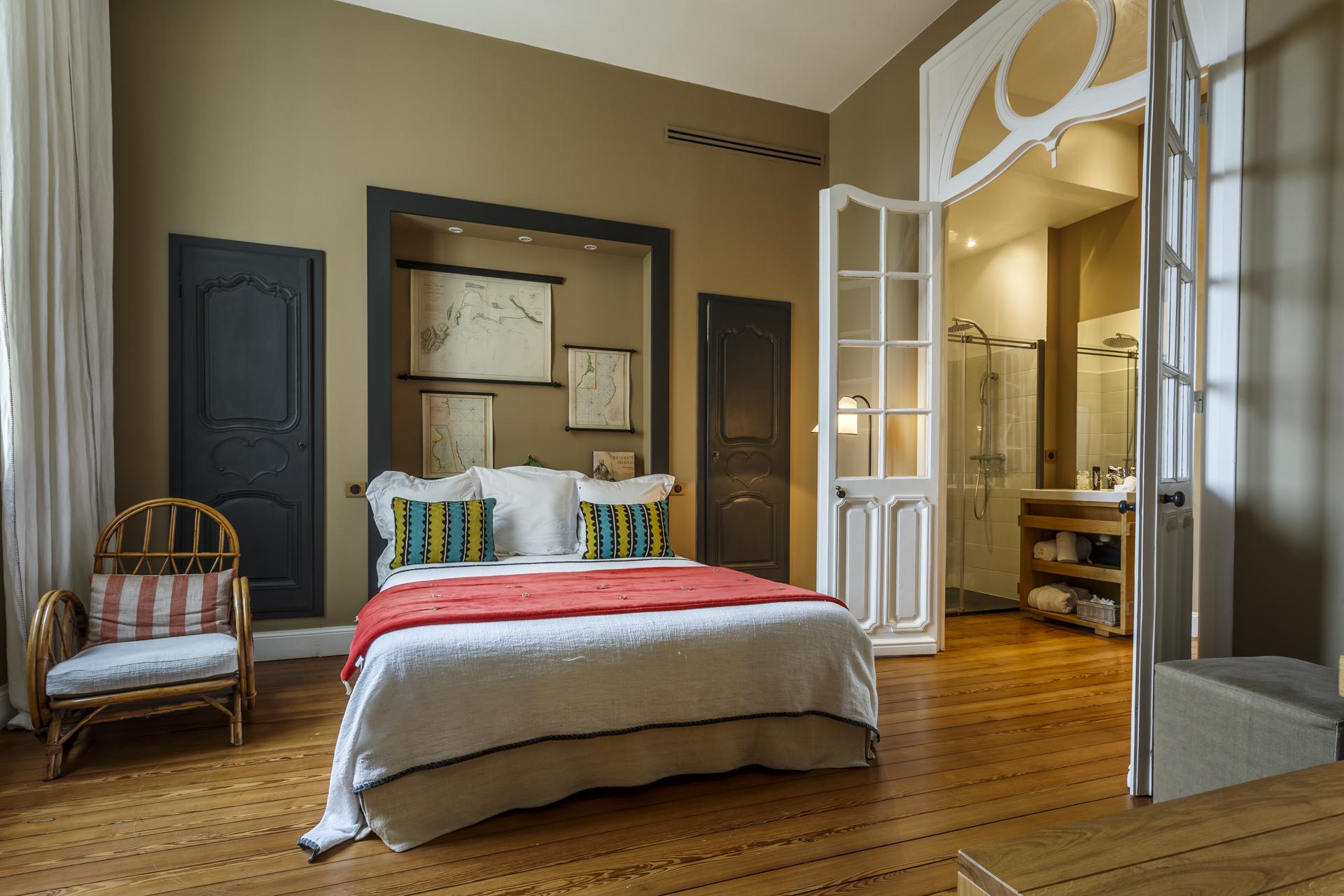 Luxury-Guesthouse-La-Course-Bordeaux