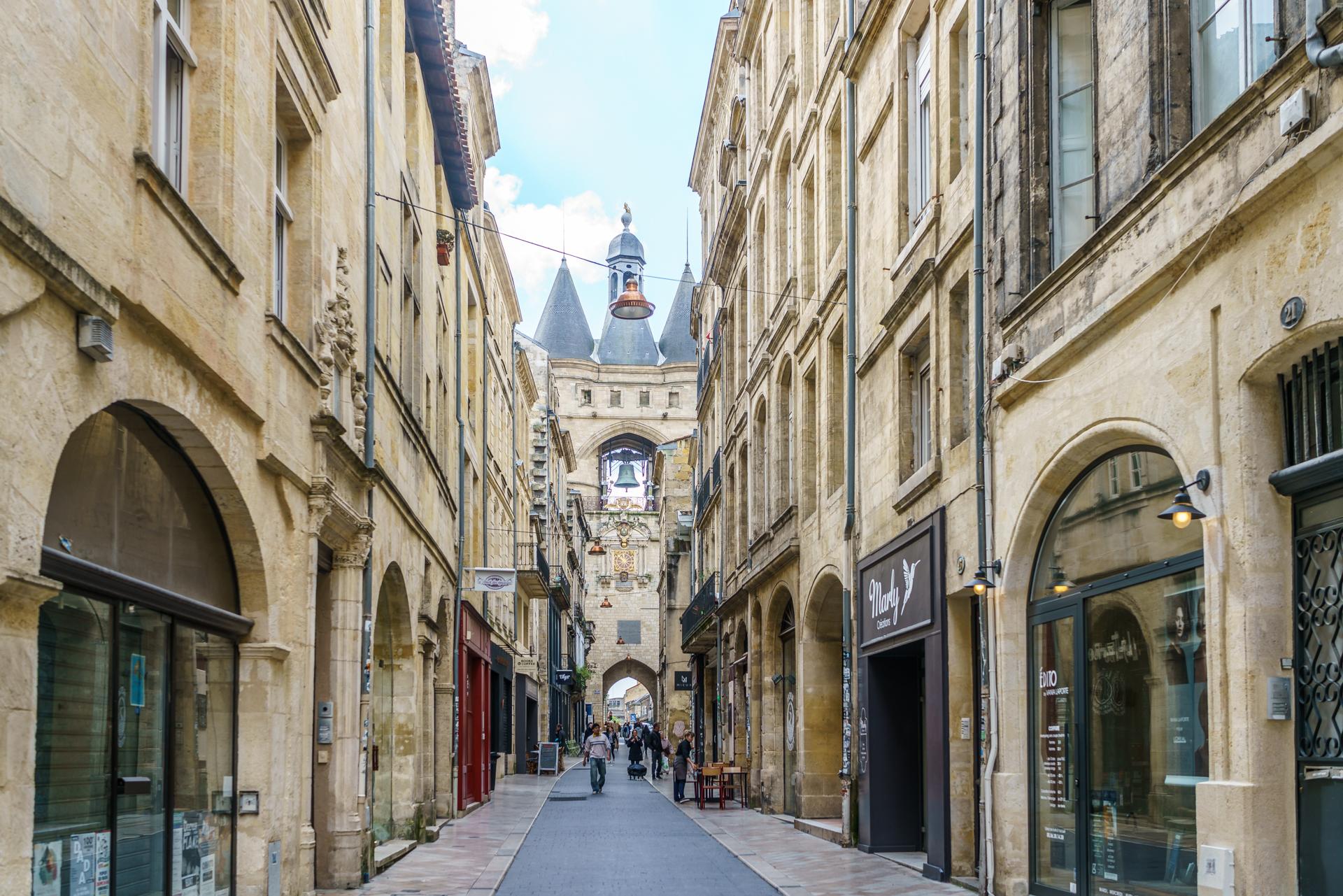 Reiseguide ein fr hlingswochenende in bordeaux for Appartement bordeaux st michel
