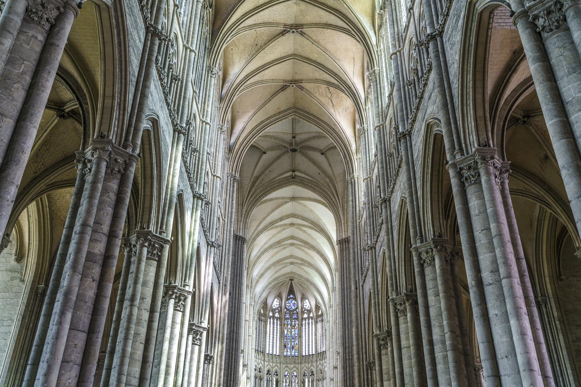 Katherale-Notre-Dame-Amiens-2
