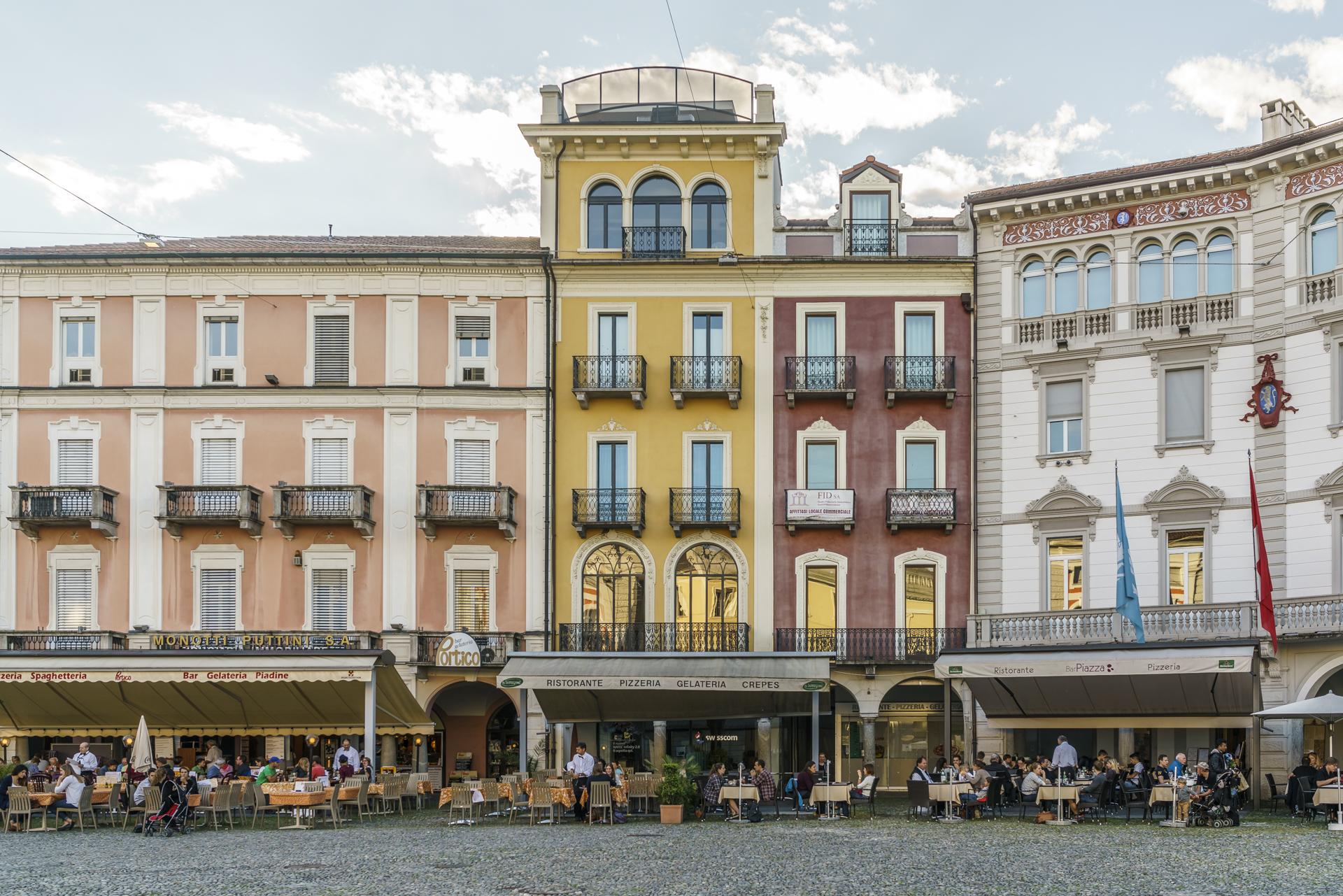 Piazza-Locarno