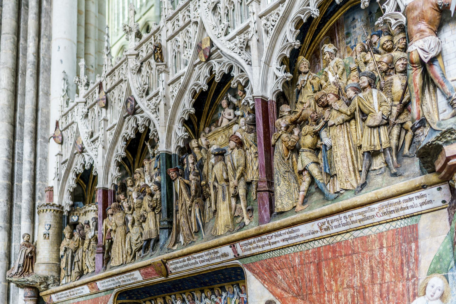Schnitzereien-Kathedrale-Notre-Dame-Amiens