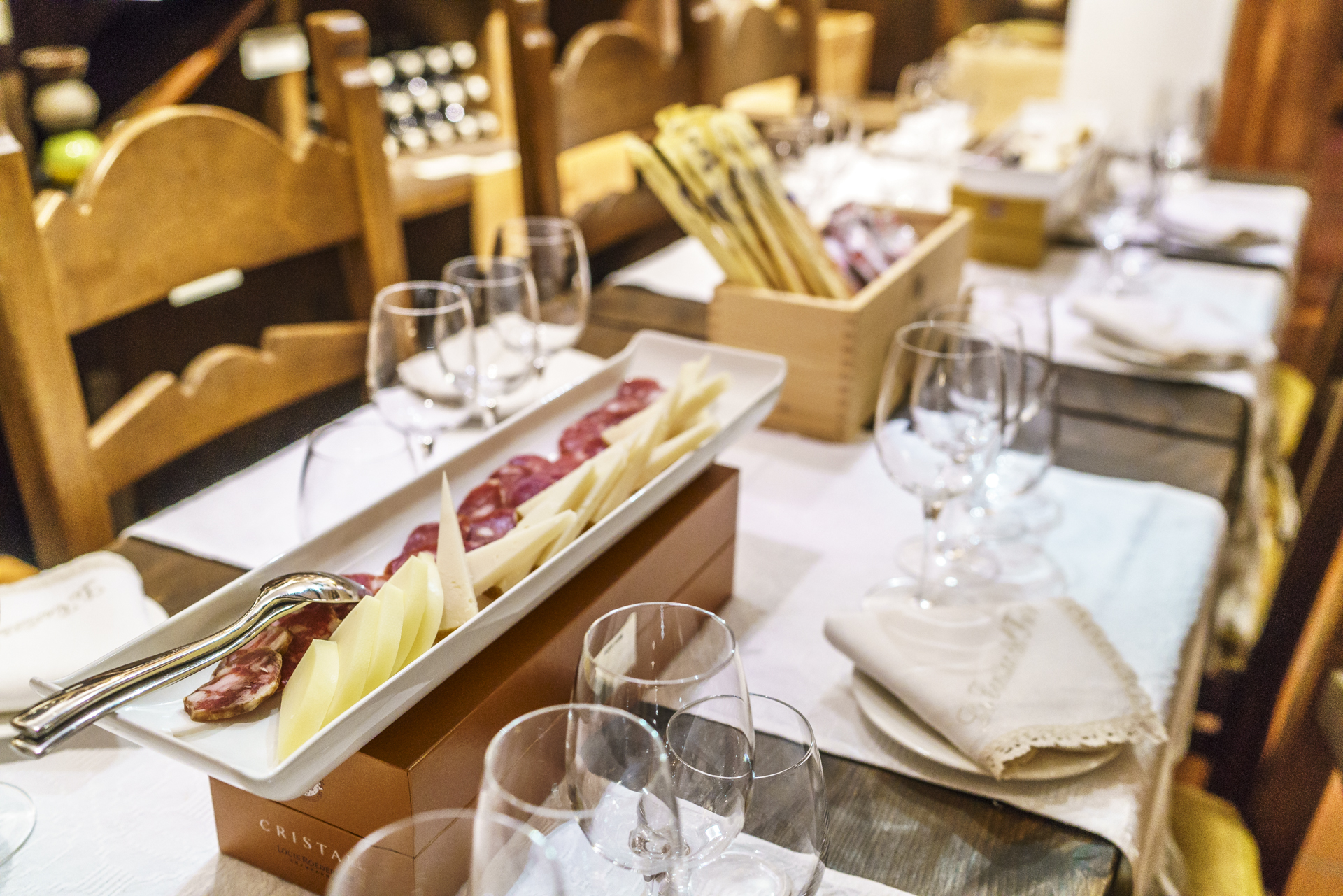 Wine-Tasting-la-Cantina-del-Forte
