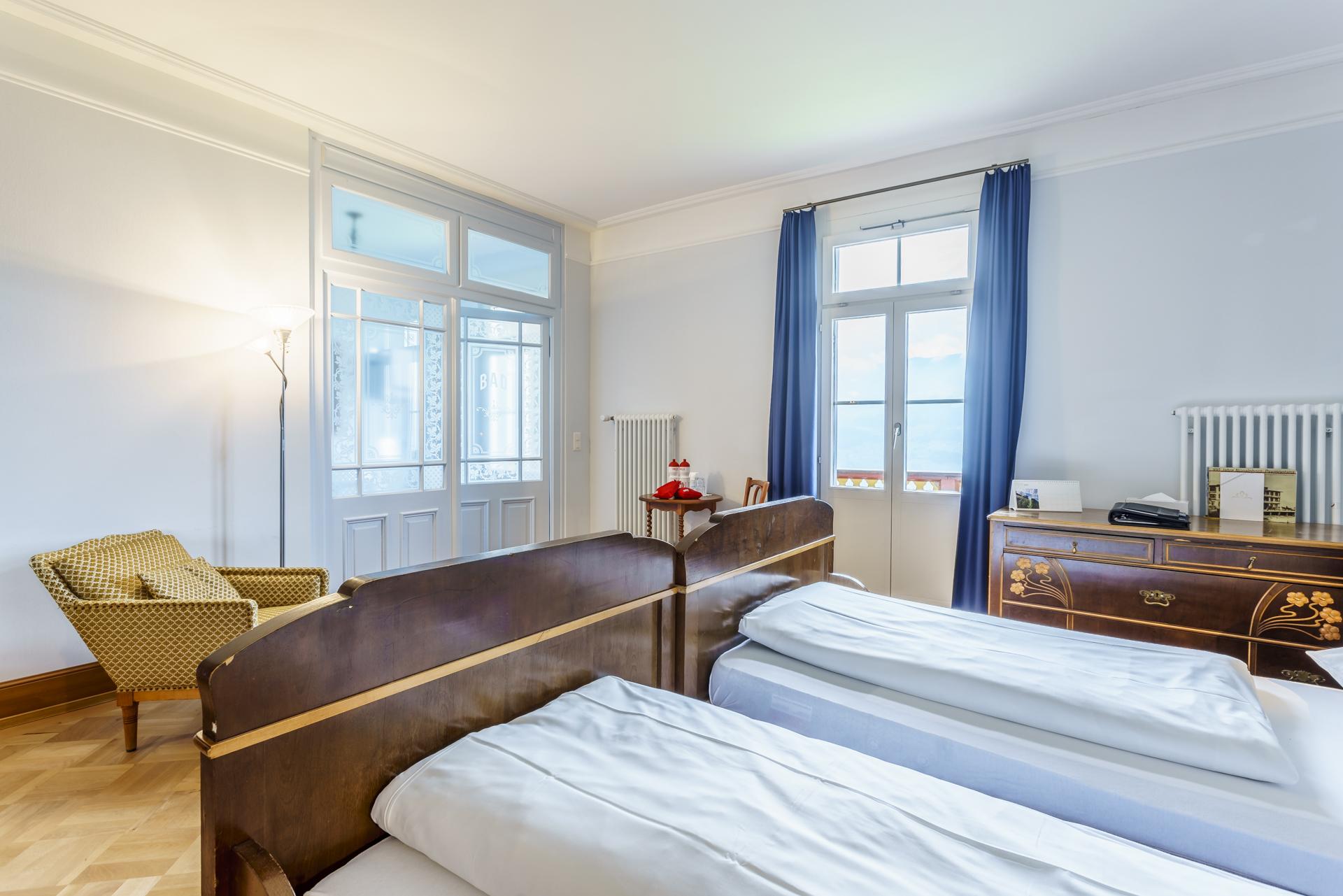 Hotel-Paxmontana-Historische-Zimmer
