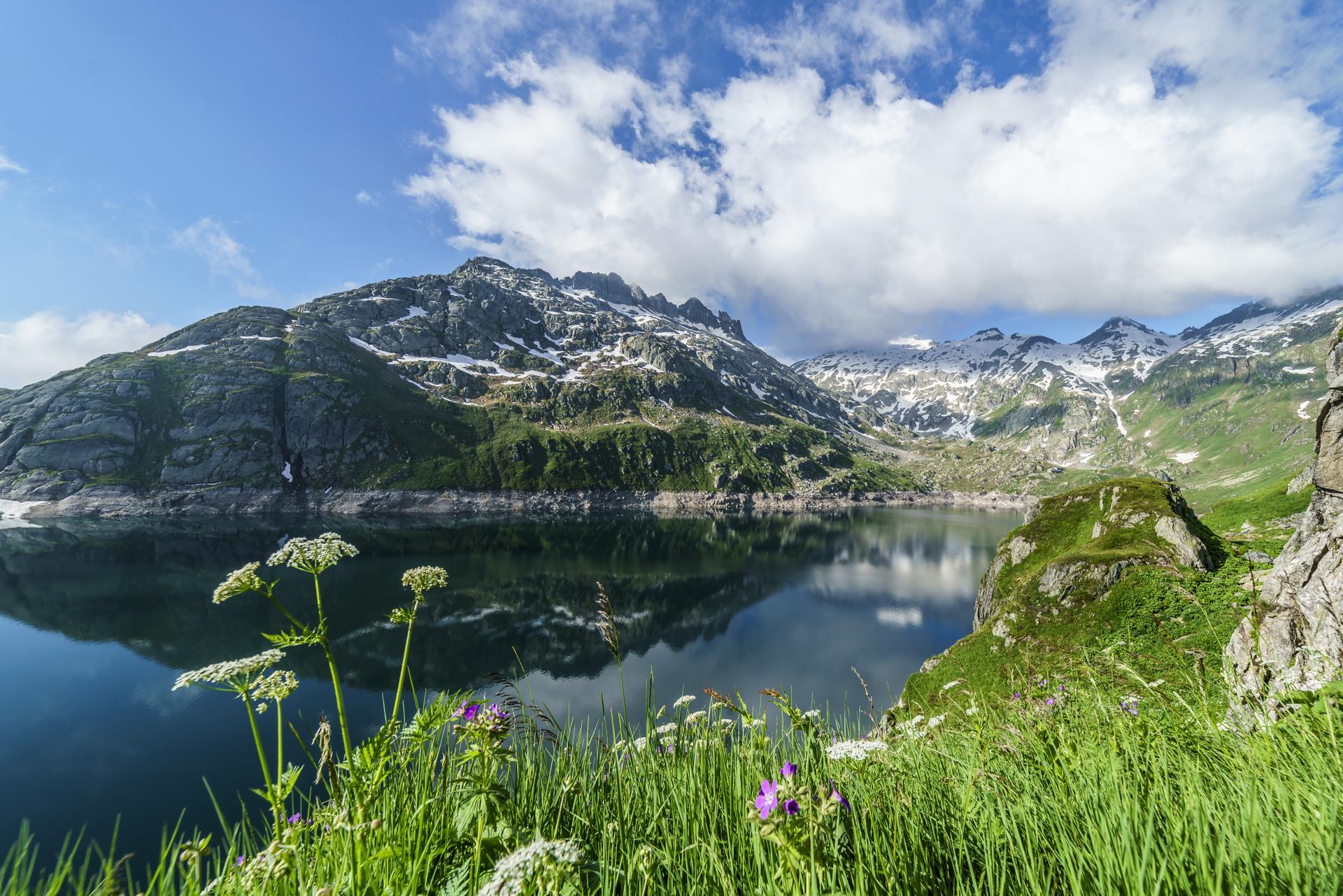 Lago-Lucendro-Gotthard-2