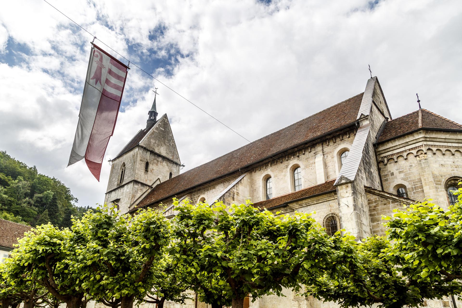 Saint-Ursanne-Kirche