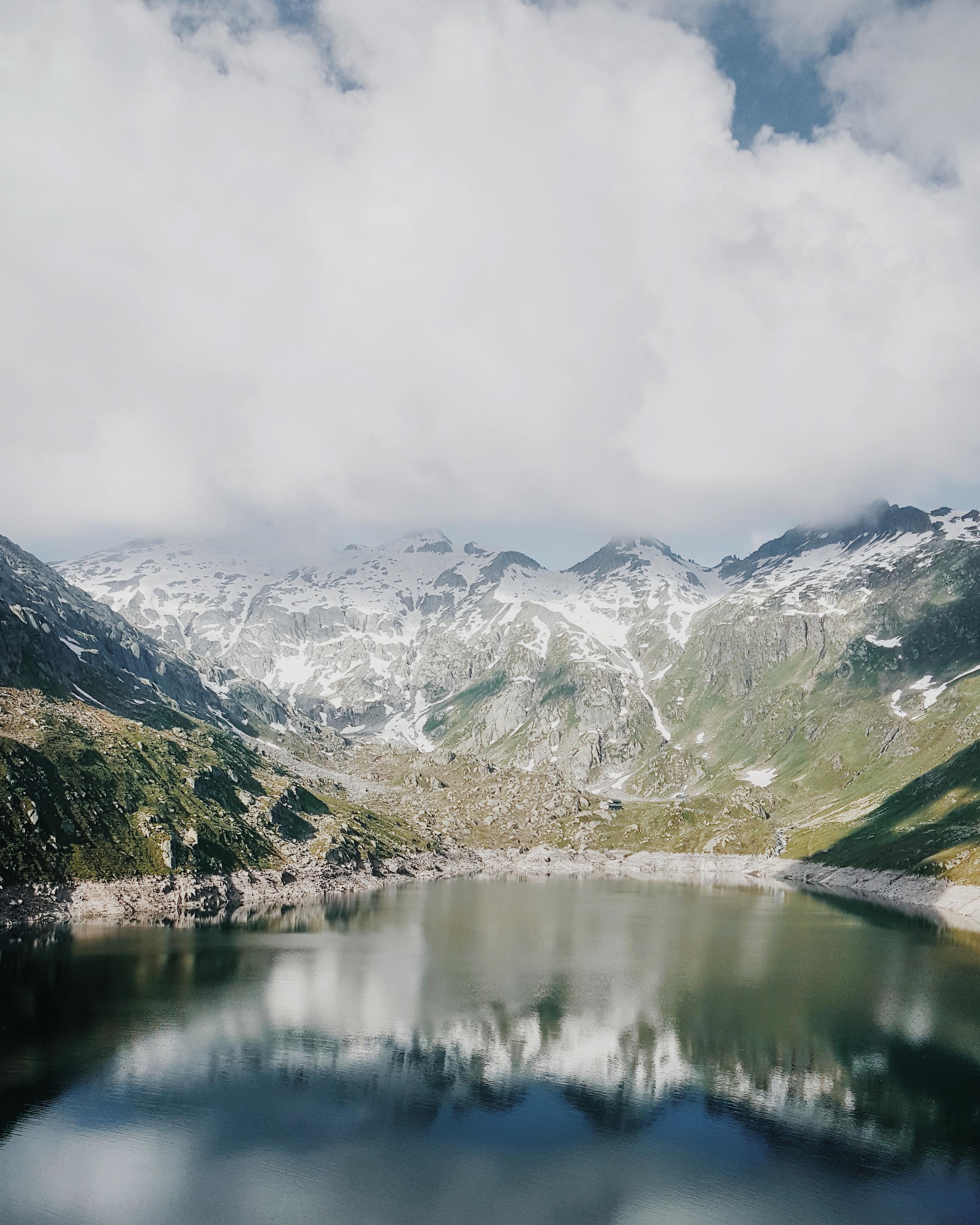 Gotthardpass-Bergsee