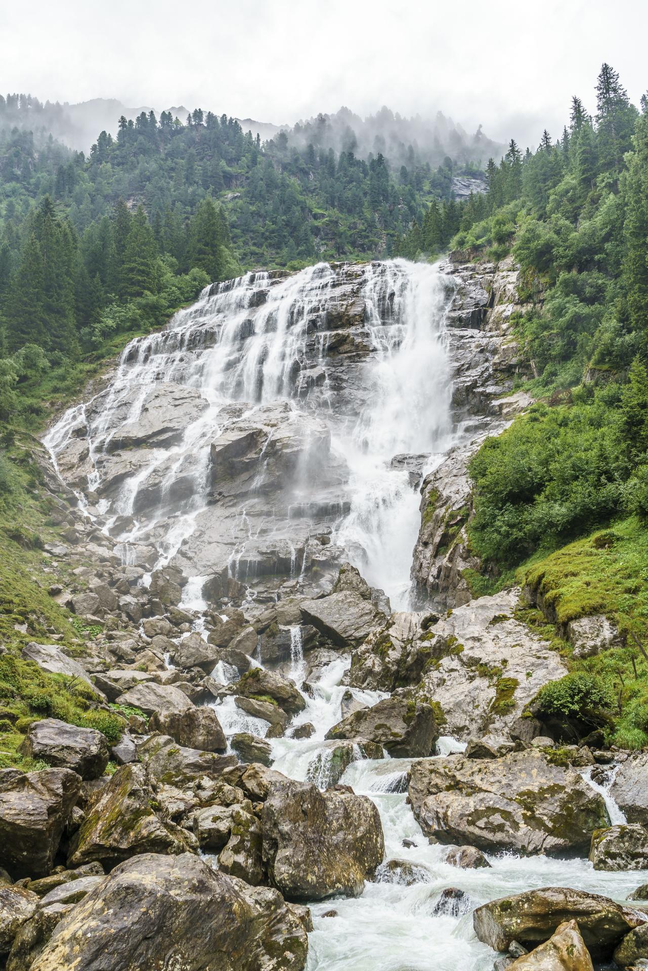 Grawa-Wasserfall-WildeWasserWeg
