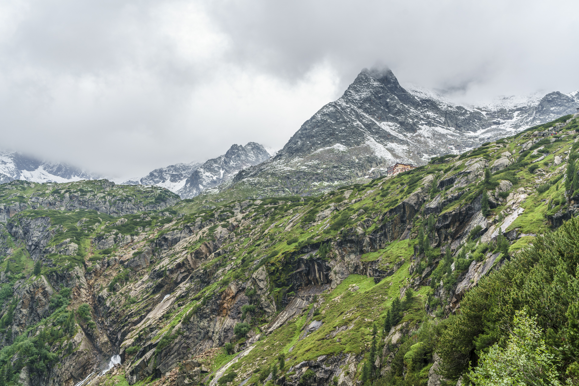 Sulzenauhuette-Stubai-Tirol