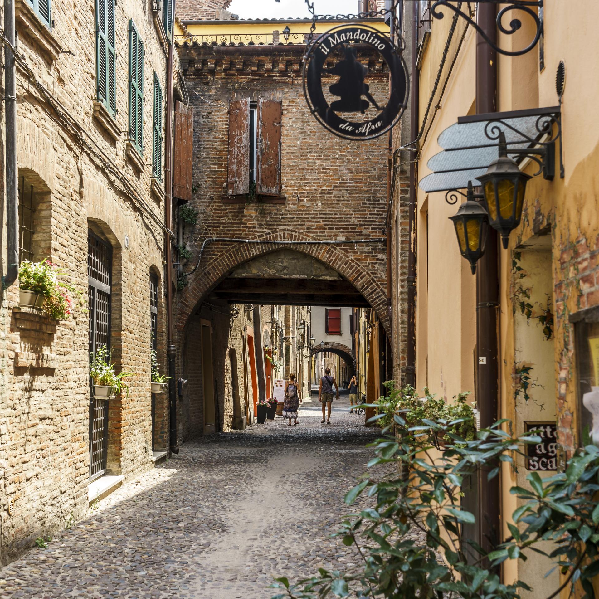 Via-delle-Volte-Fotospot-Ferrara