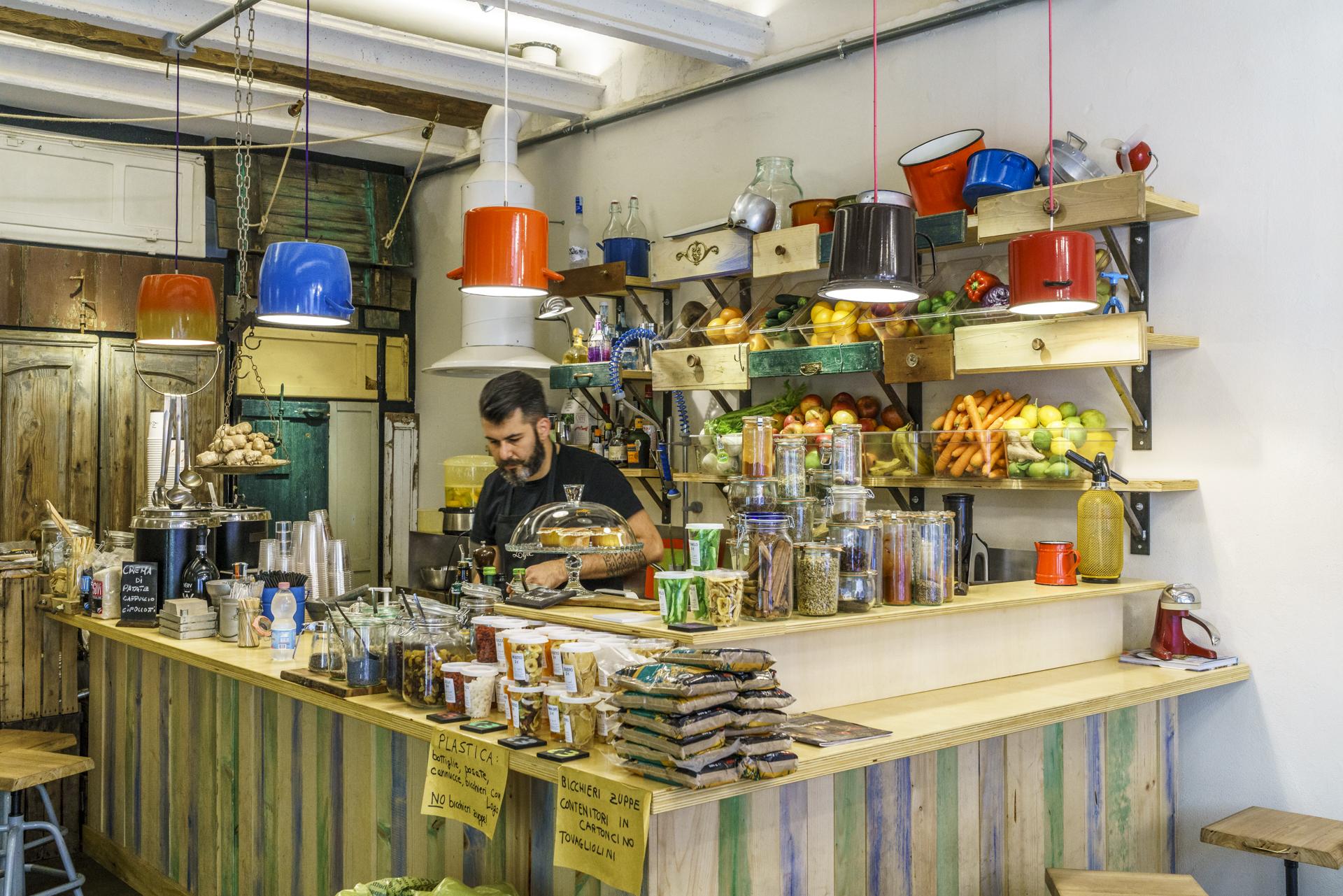 Zazie-Ferrara-veggie-Restaurant