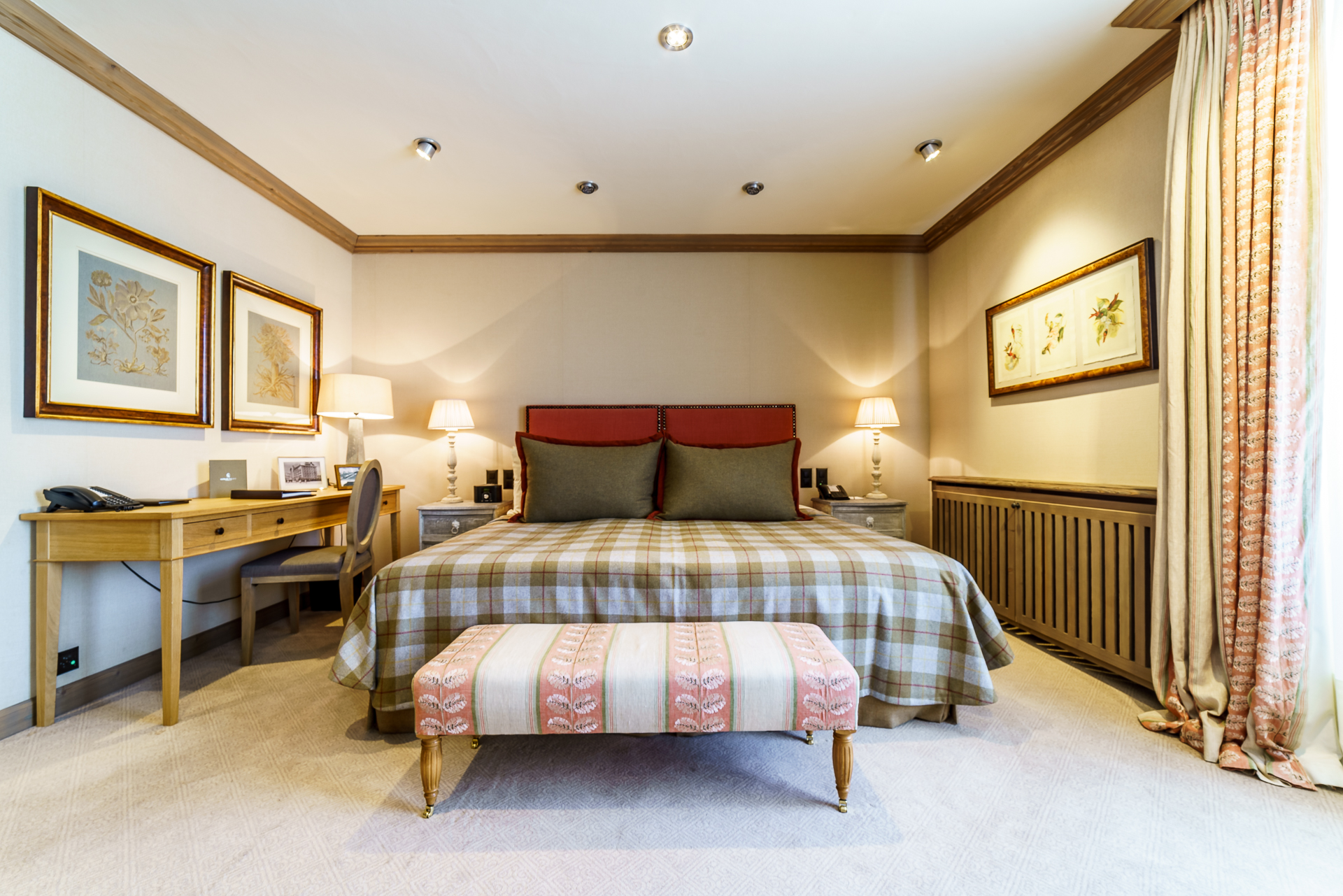 Gstaad-Palace-Junior-Suite-1