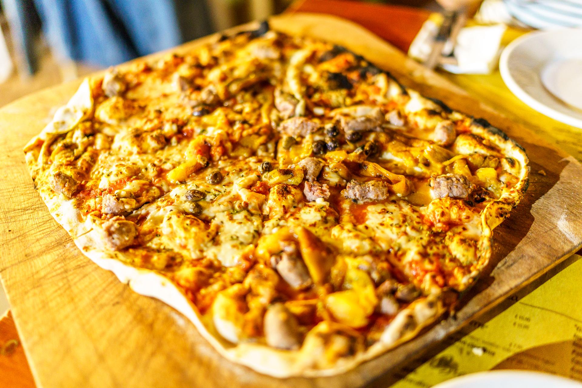 le-logge-pizza-borgomaro