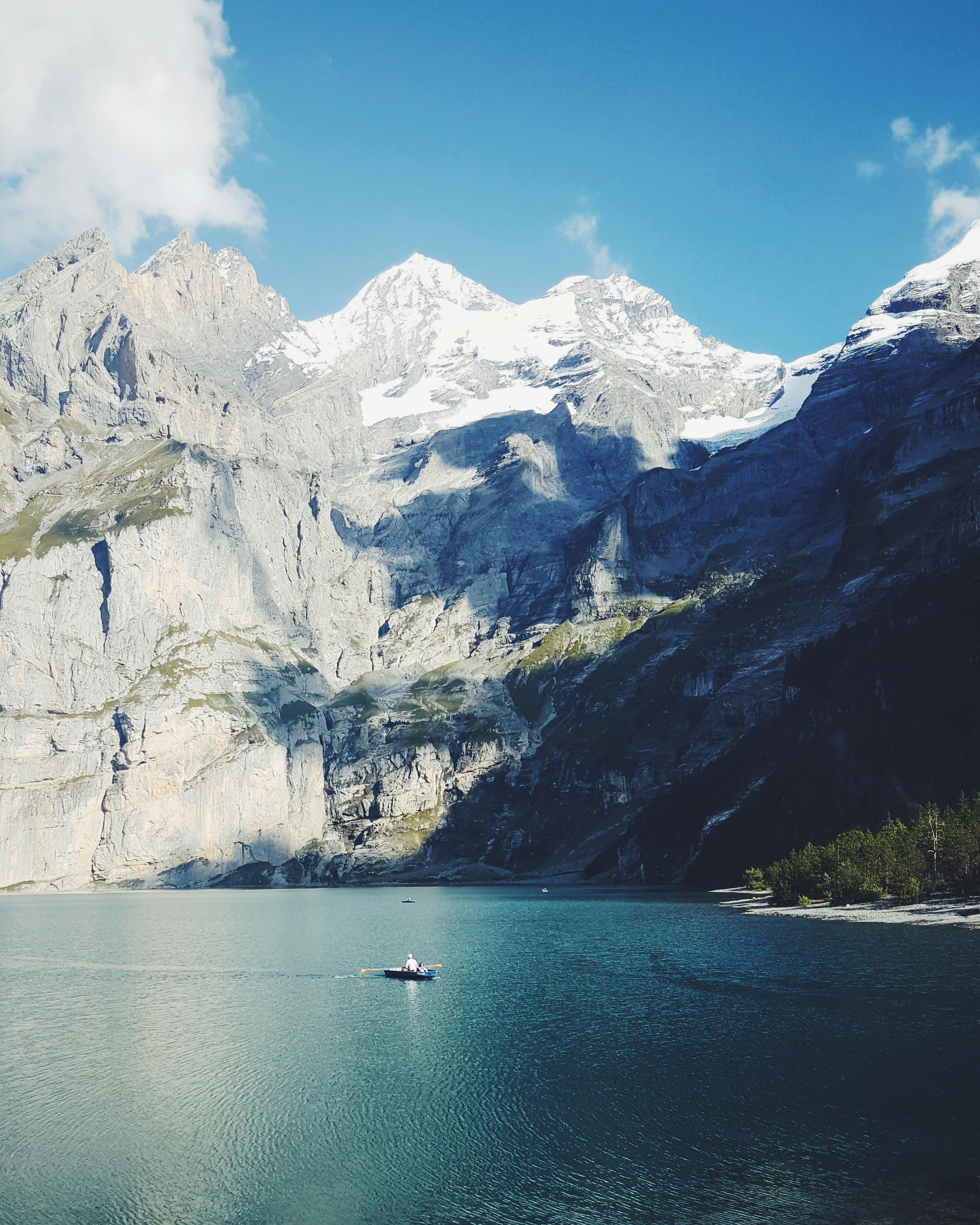 Schweizer Ausflugstipps Oeschinensee