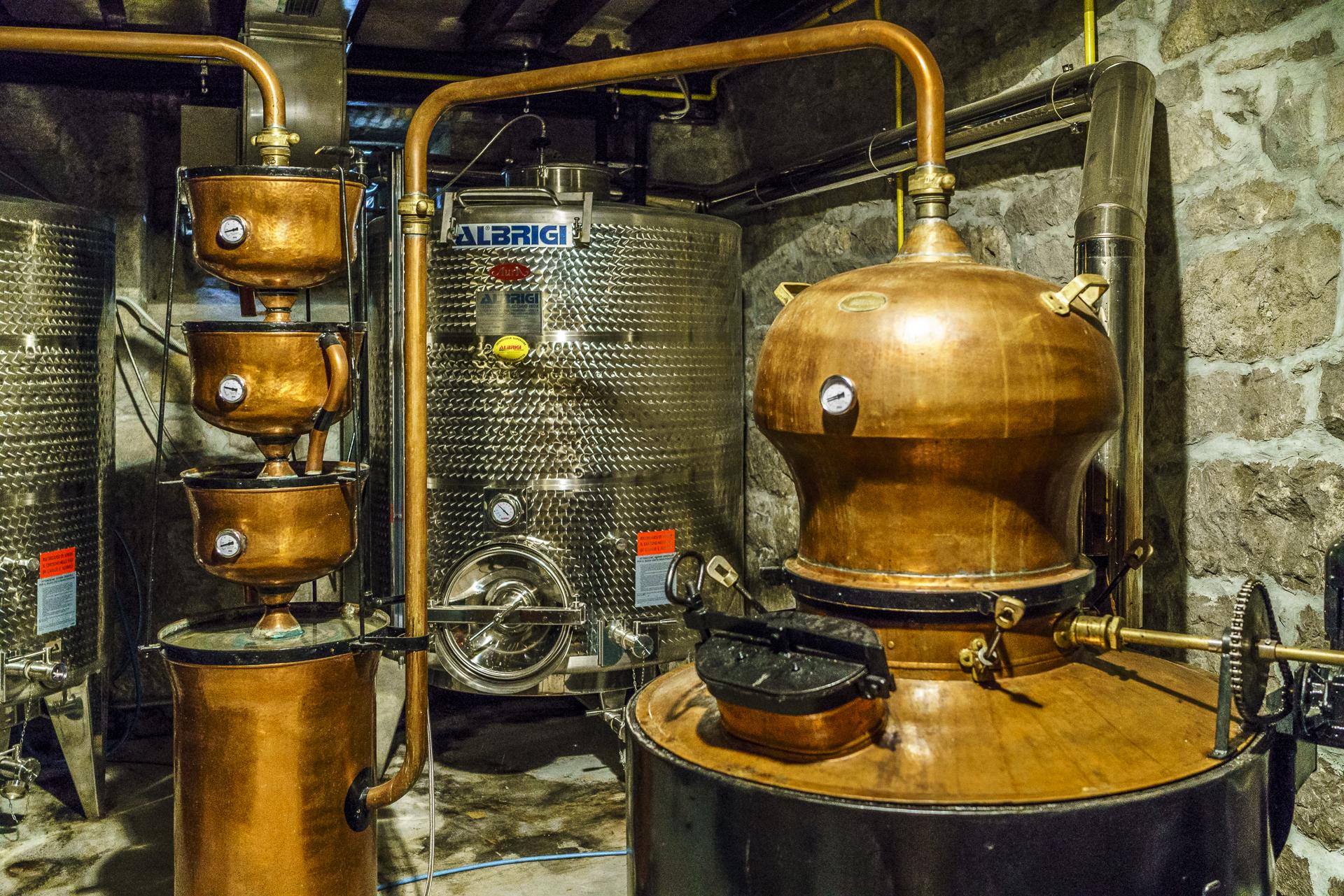 aura-distillery-brandy