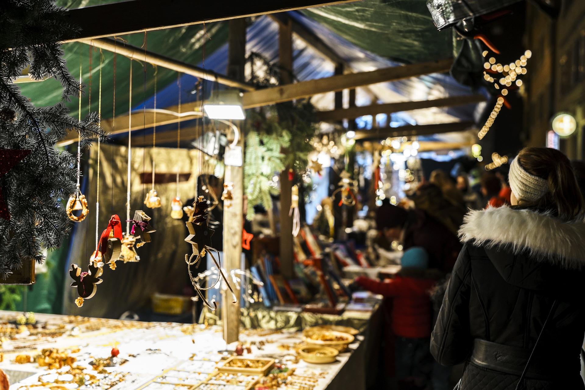 marktgasse-weihnachtsmark-bremgarten