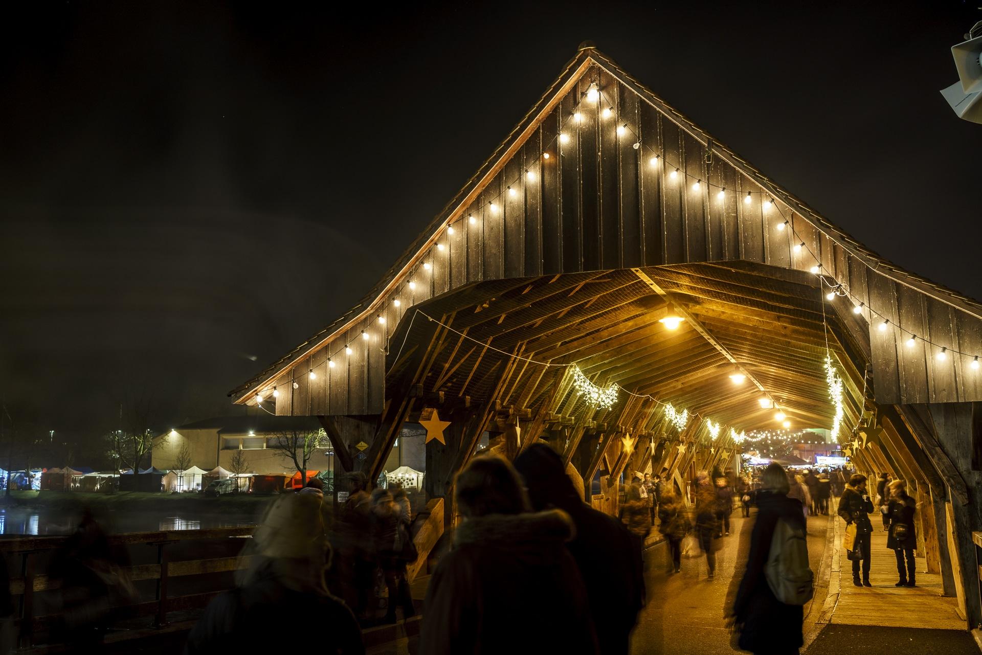 reussbruecke-bremgarten-weihnachtsmarkt
