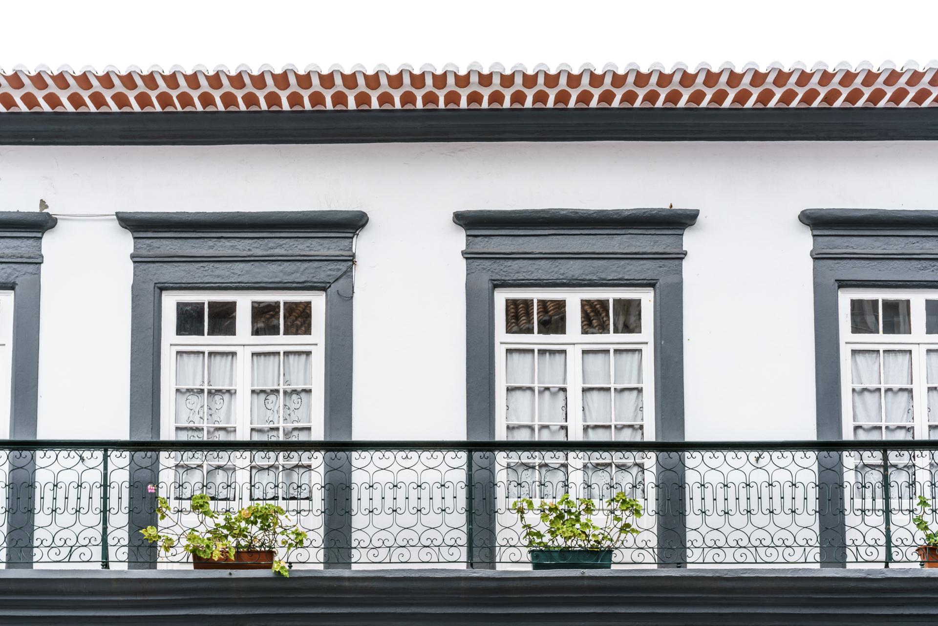 Fassaden Angra do Heroismo