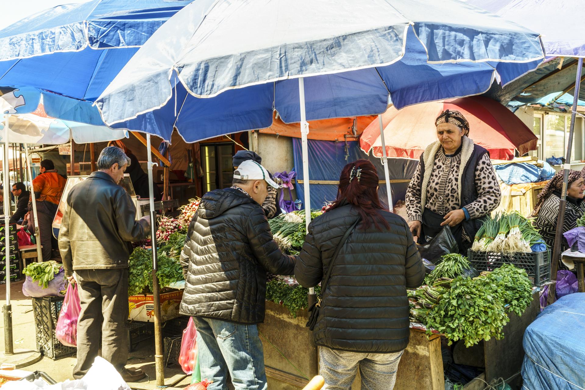 Dezertirebi Bazaar Tiflis