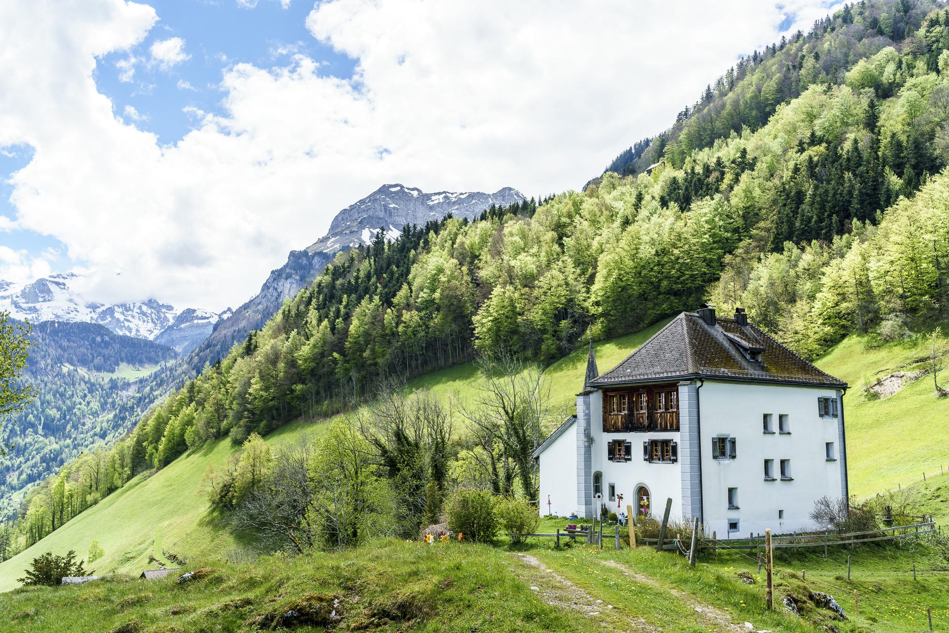 Schloss Beroldingen Weg der Schweiz