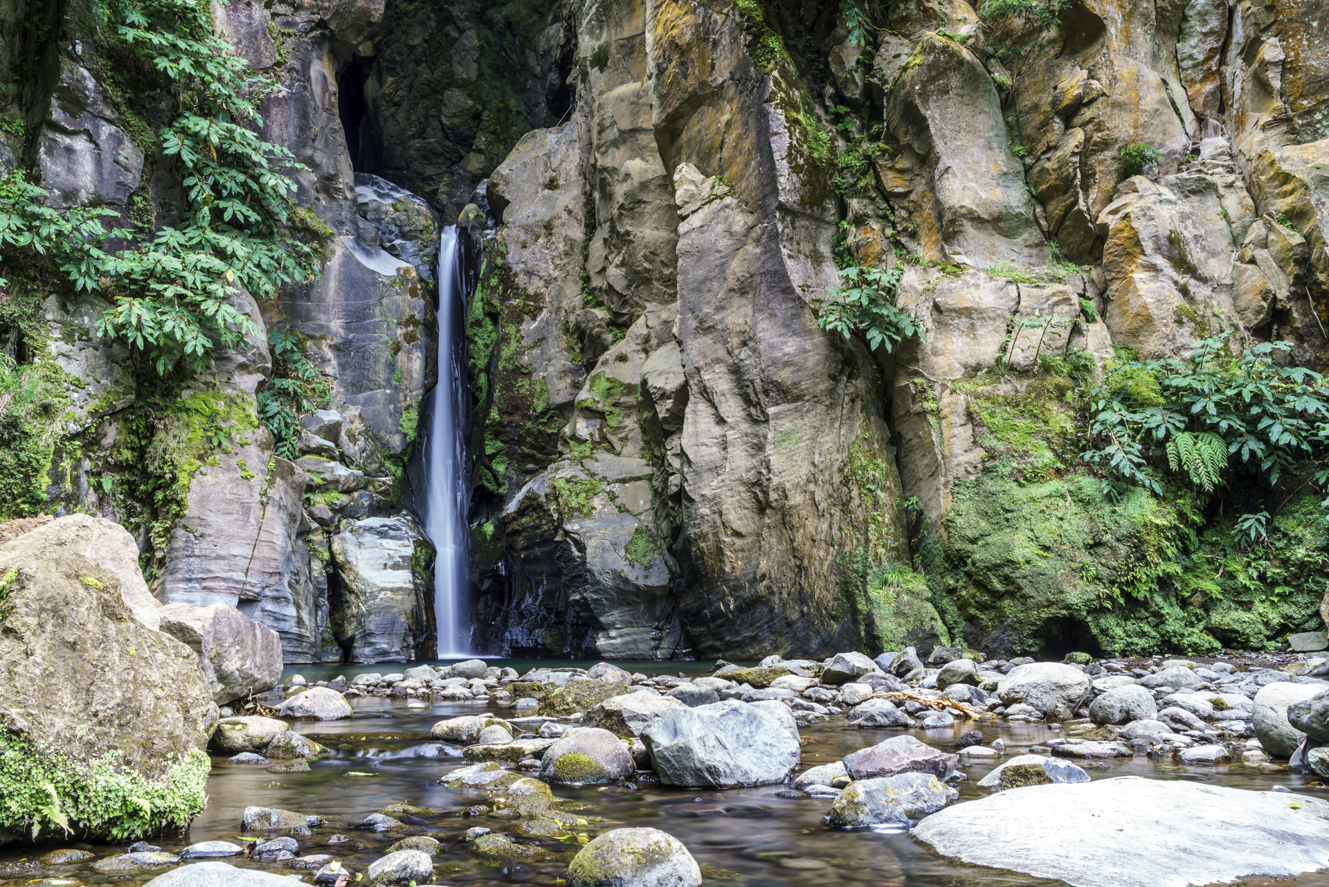 Wasserfall Sao Miguel Azoren