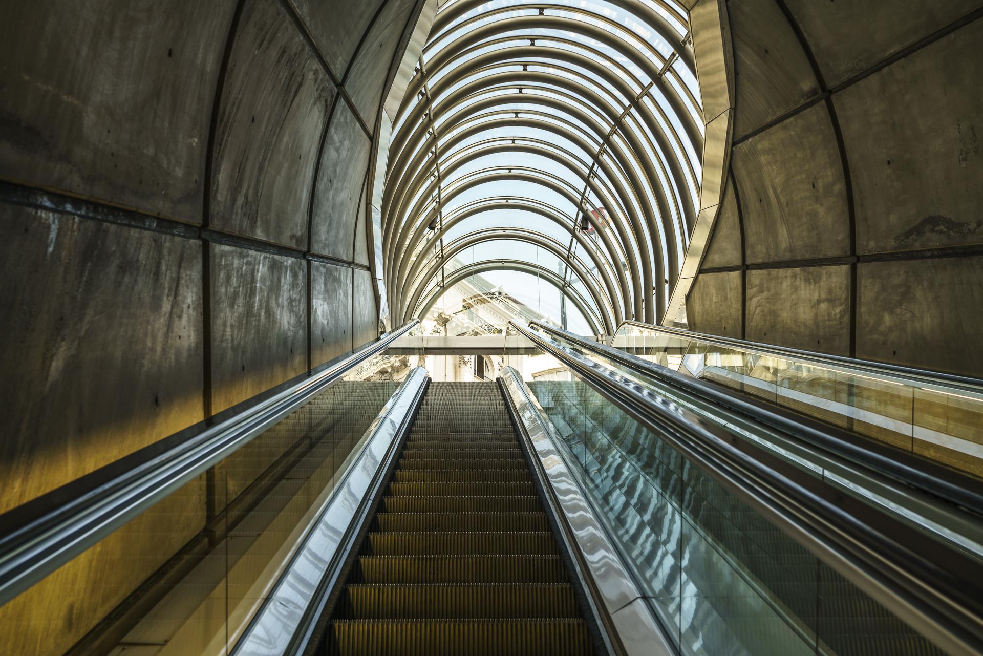 Norman Foster Metro Bilbao