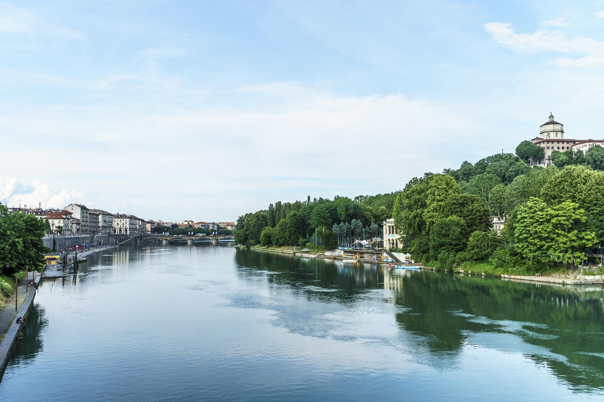 Po Uferpromenade Turin