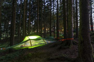 Im Baumzelt übernachten - Tree Tent Microadventure Fräkmüntegg
