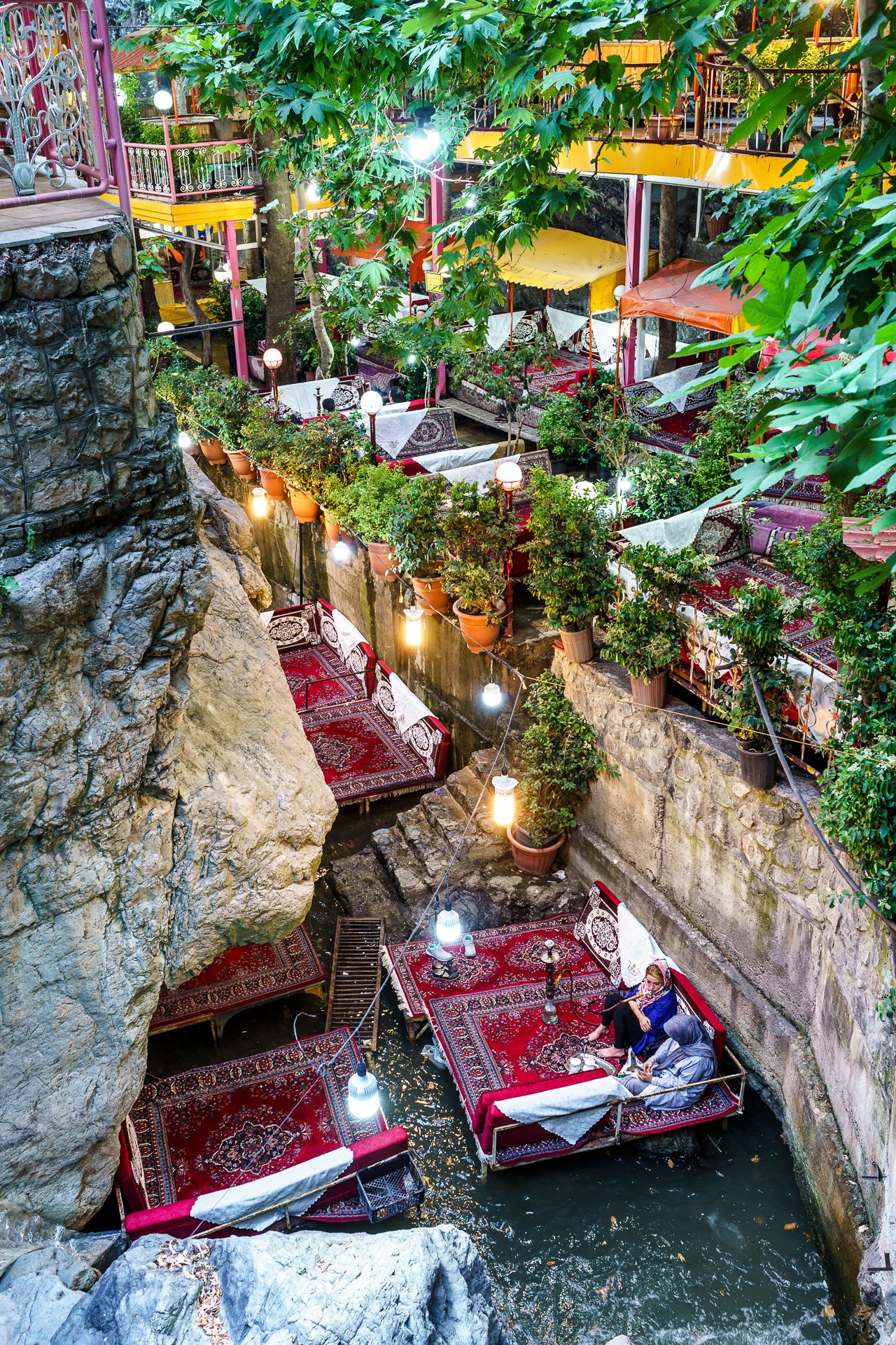 Darband Teheran Sishabar