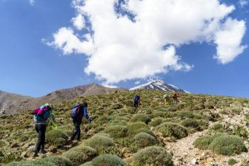 5'671 Meter über Meer - dünne Luft auf dem Damavand