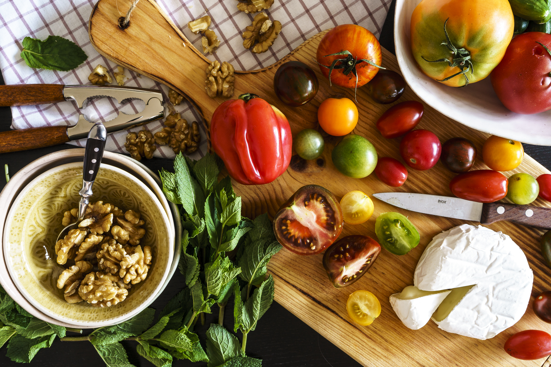 Tomaten-Kaesesalat