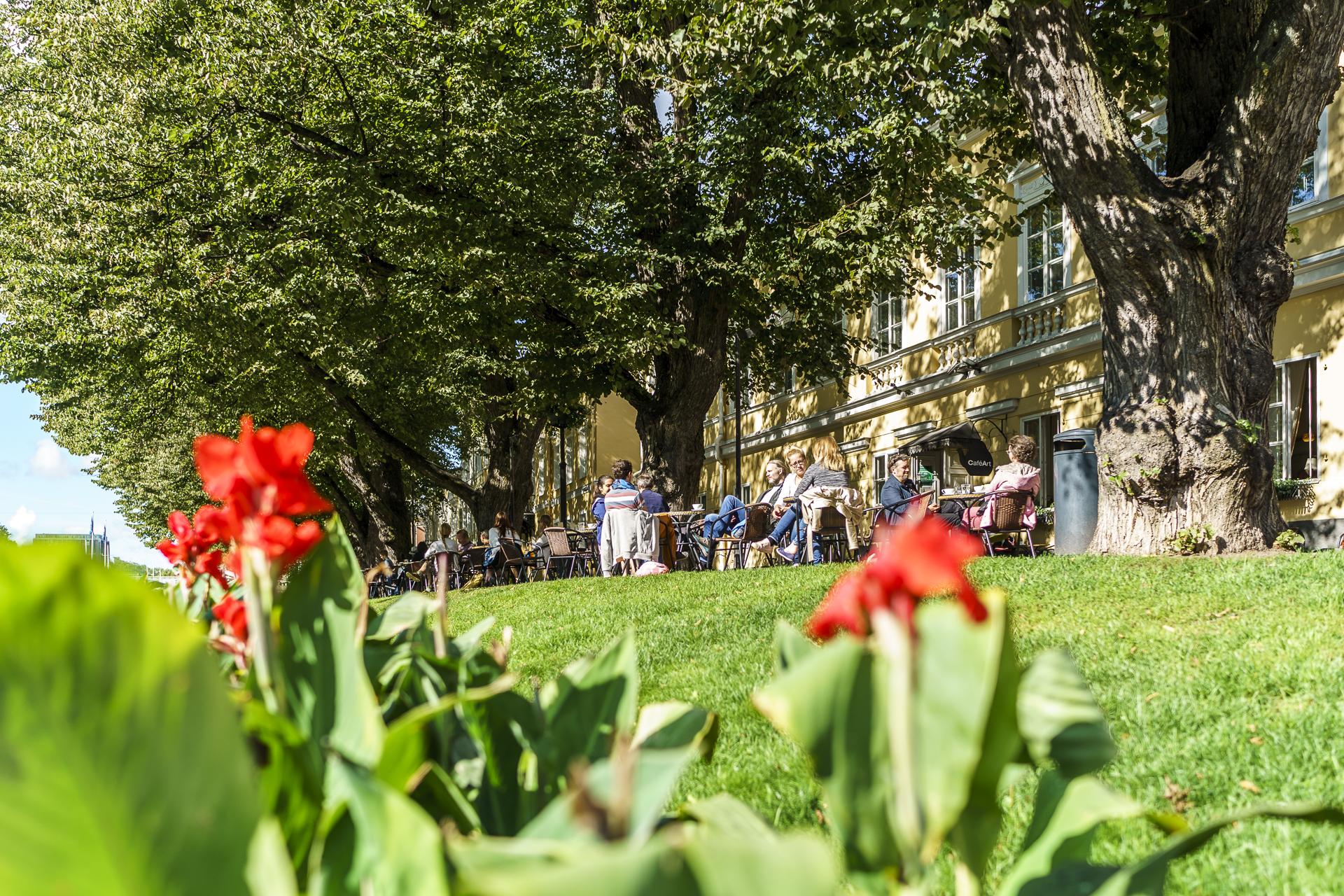 Turku Uferpromenade Sommer
