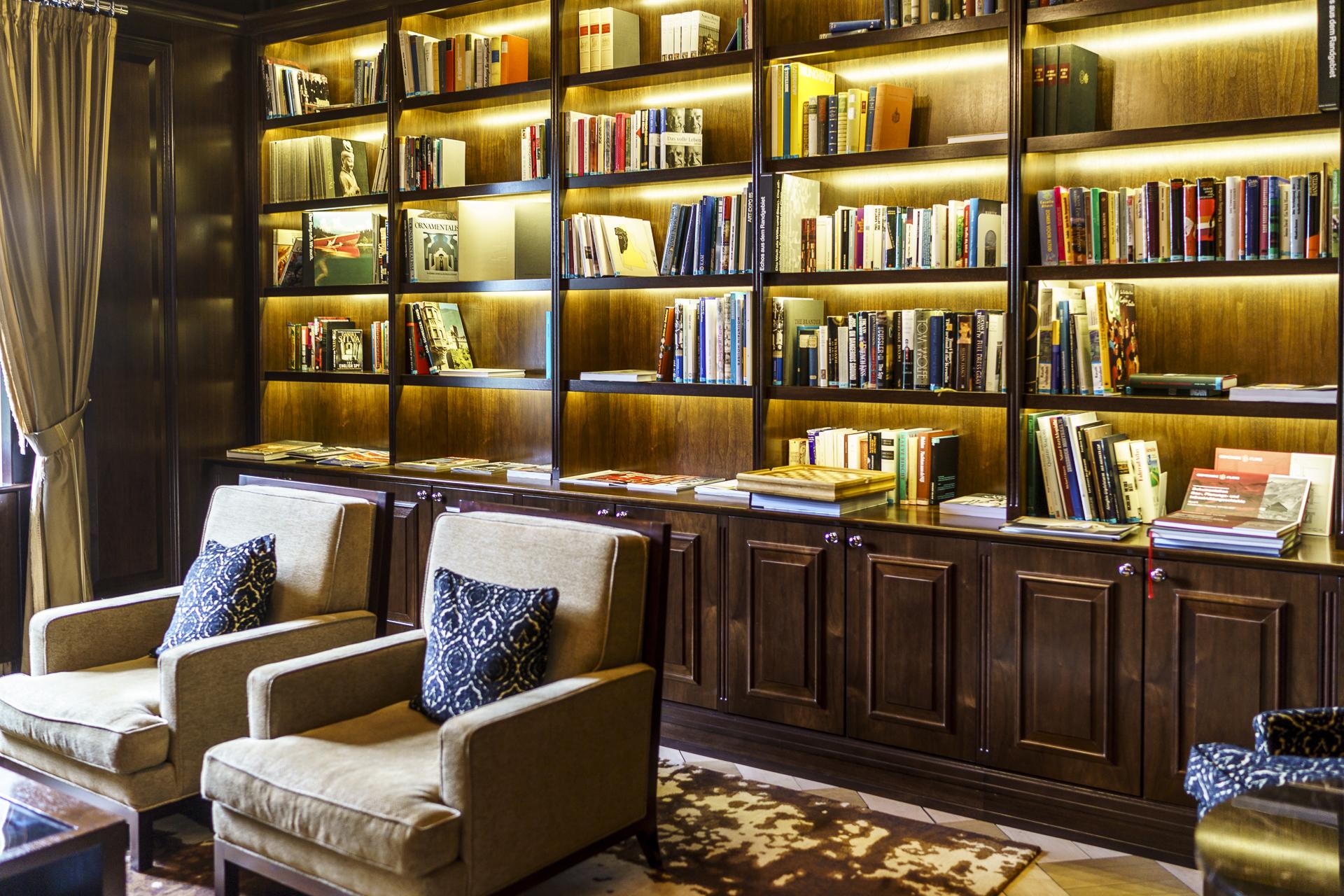 Waldhaus Flims Bibliothek