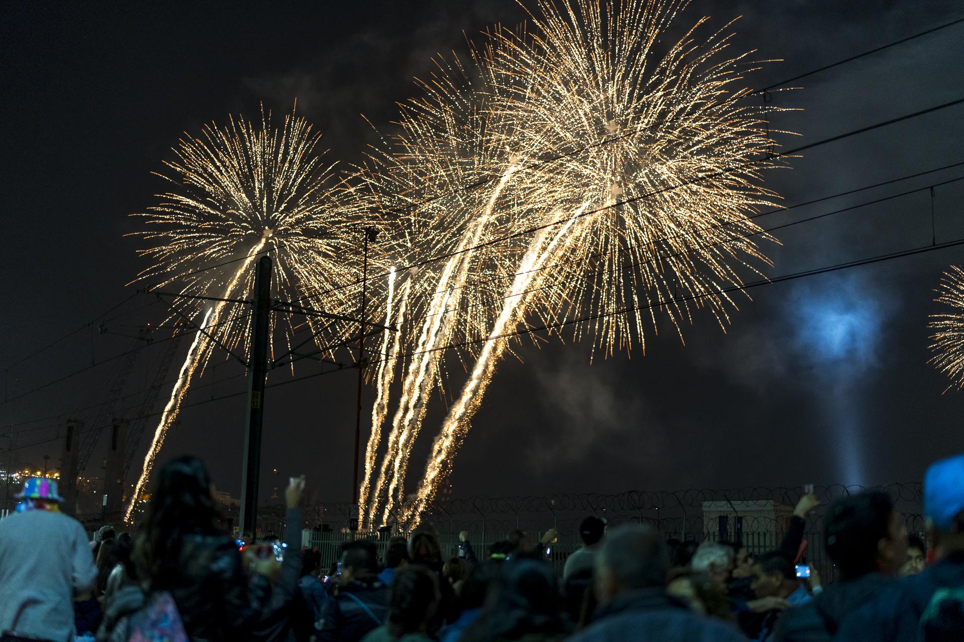 Feuerwerk Valparaiso Chile