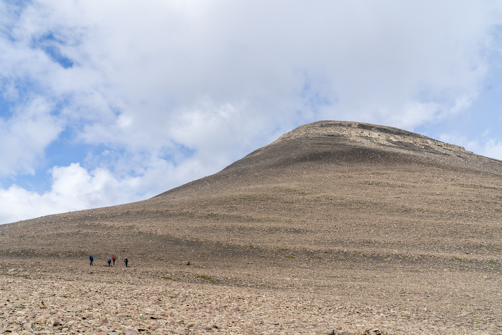 Wanderung zum Gipfel Loma del Pligue Tumbado