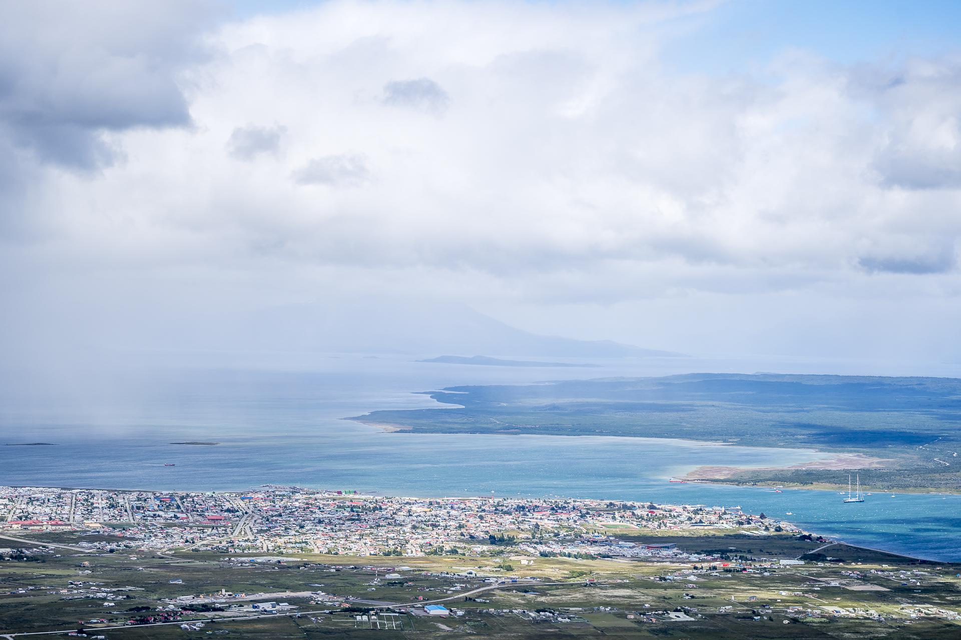Aussicht auf Puerto Natales von Mirador Dorotea