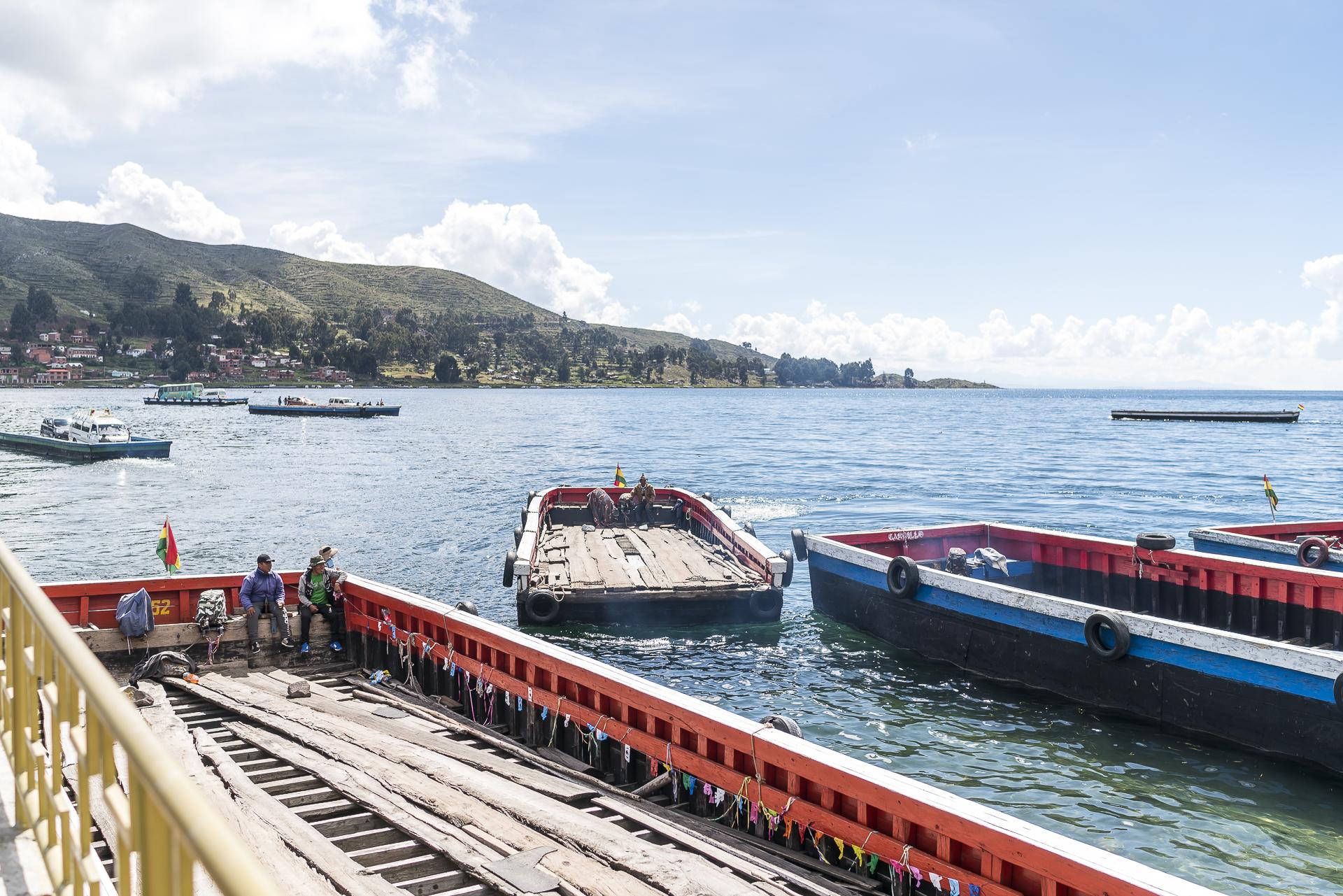 Tiquina Überfahrt Titicacasee